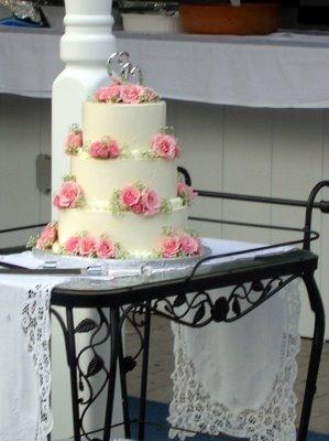 red velvet wedding cake vanilla buttercream