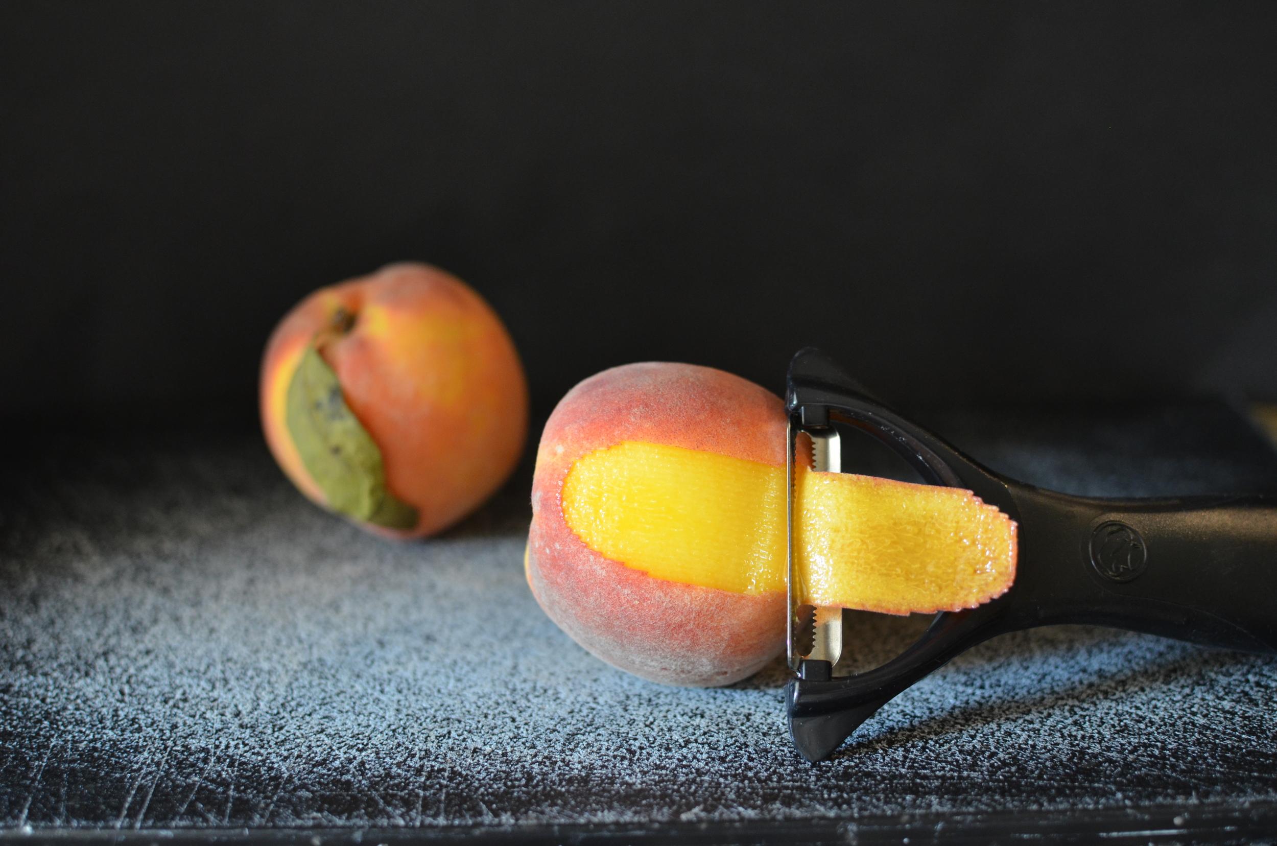 Kitchen Tips: Peeling Peaches