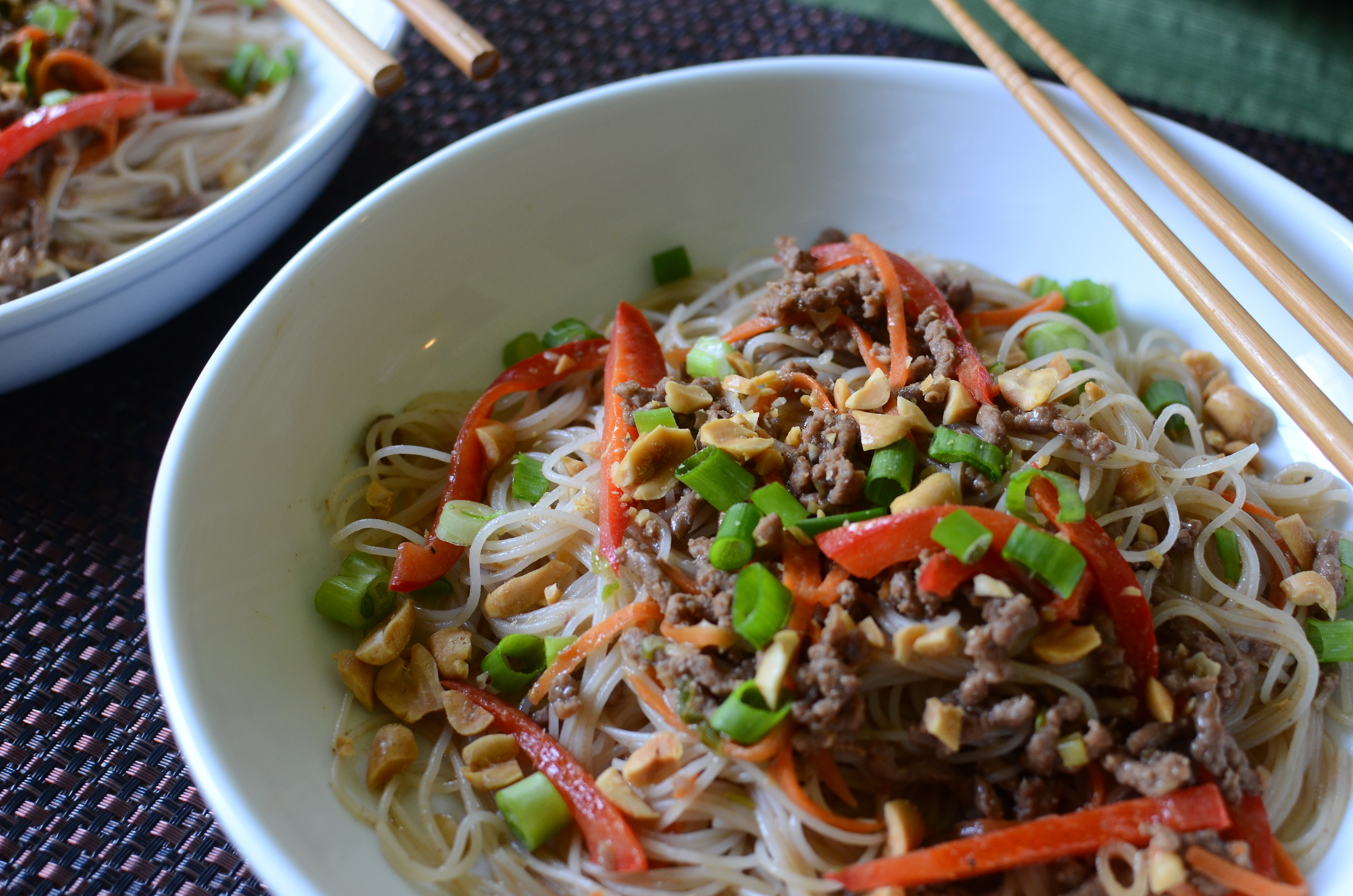 This recipe works well with thin rice noodles too (also called rice vermicelli or rice sticks).