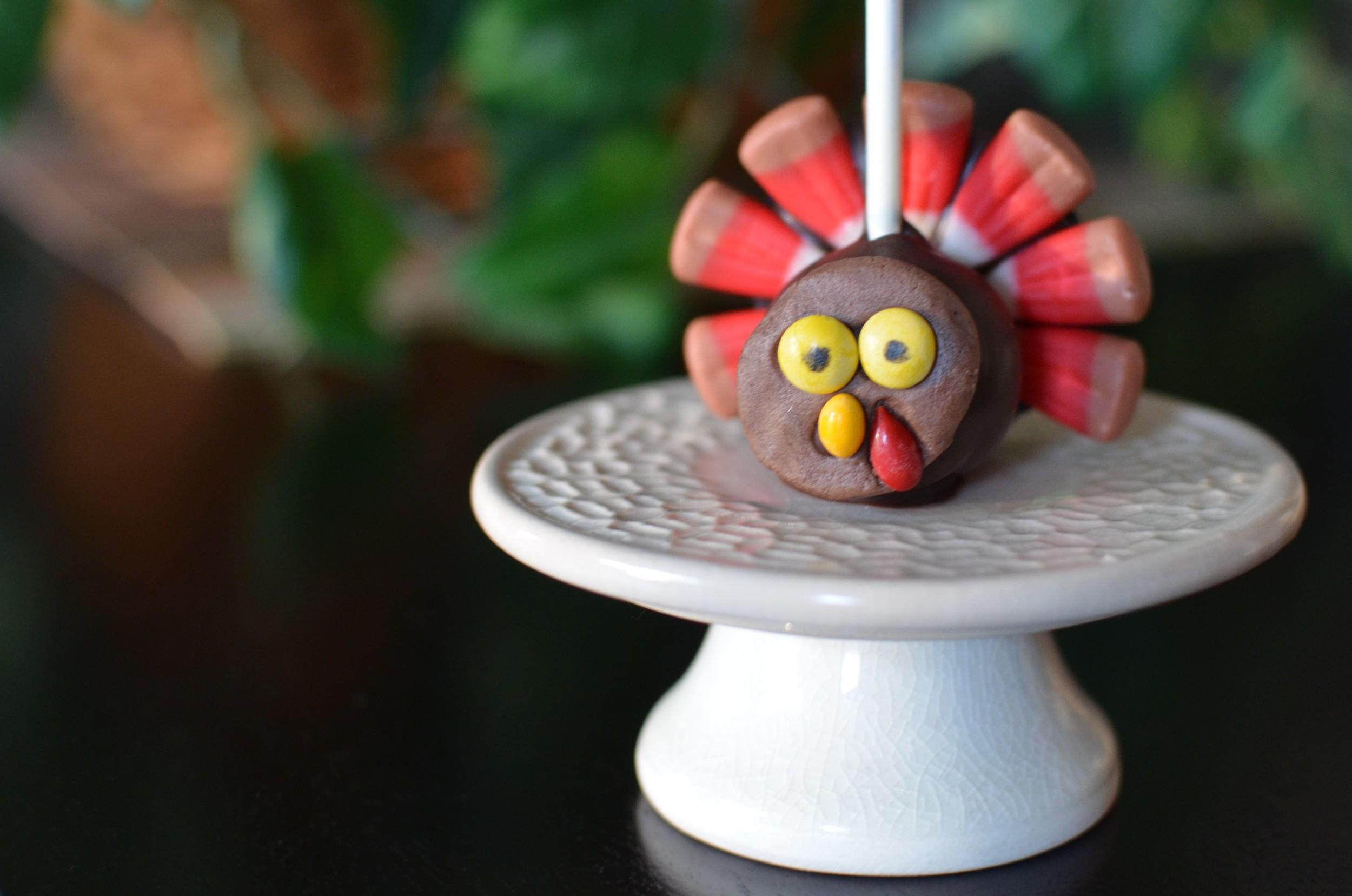 Howto make Thanksgiving cake pops - how to make turkey cake pops - PHOTOS