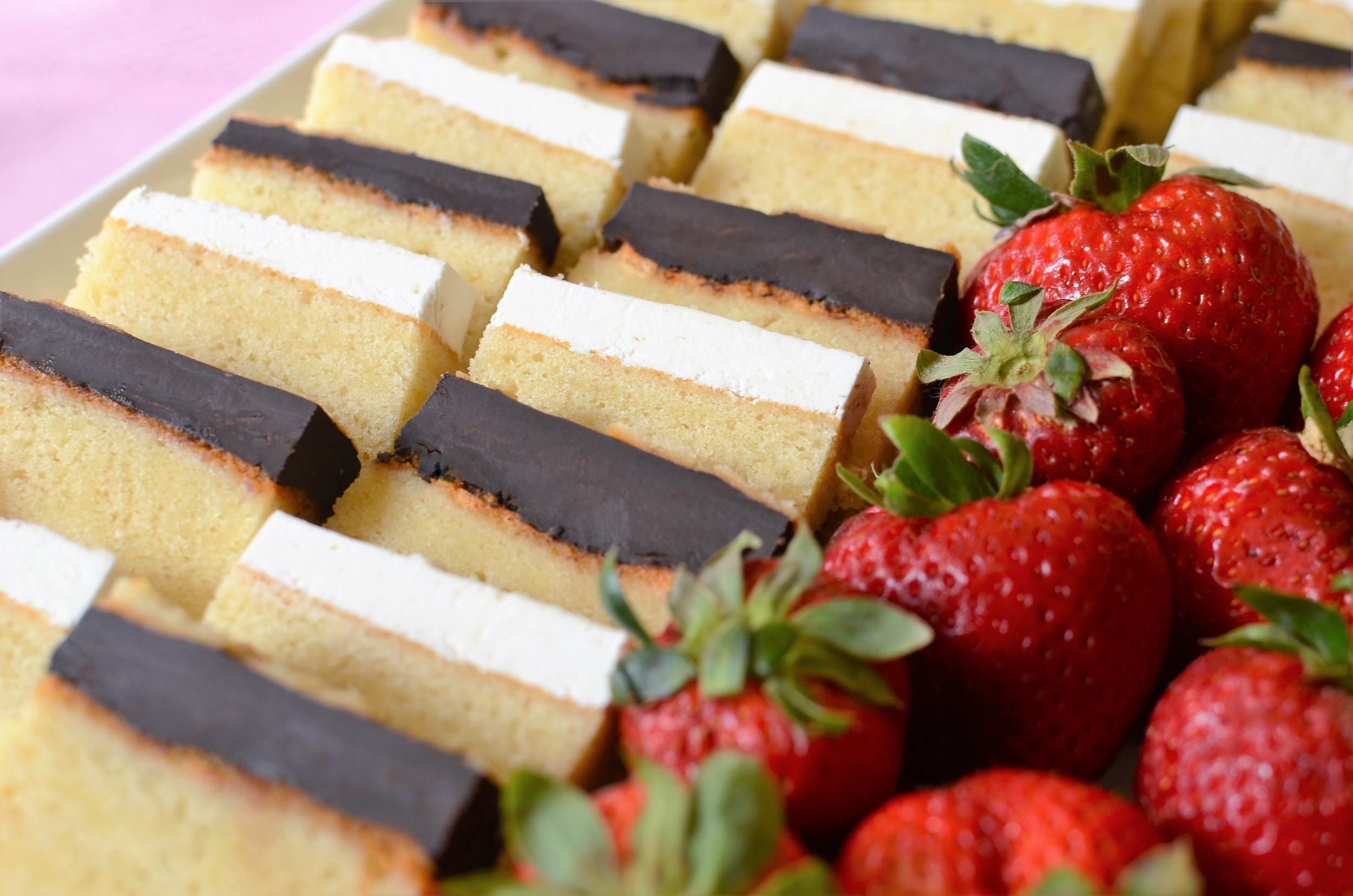 White Party Pound Cake - ButterYum