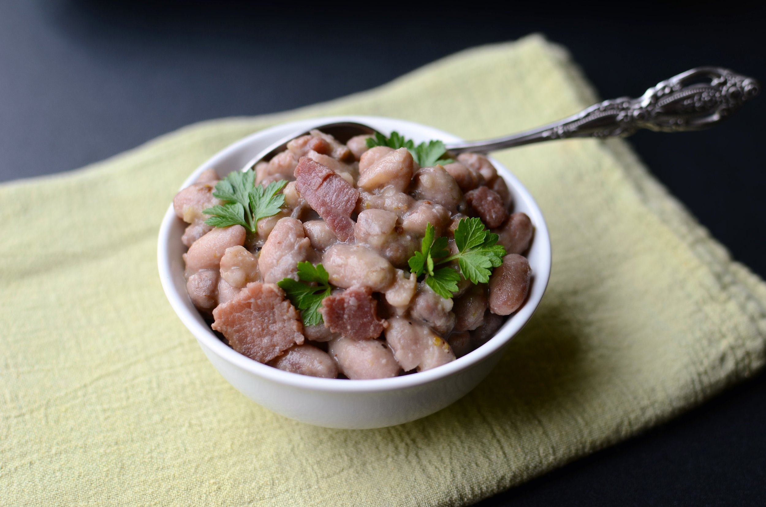 Bird Egg Shell Beans, recipe and how-to photos. How to cook bird egg beans.