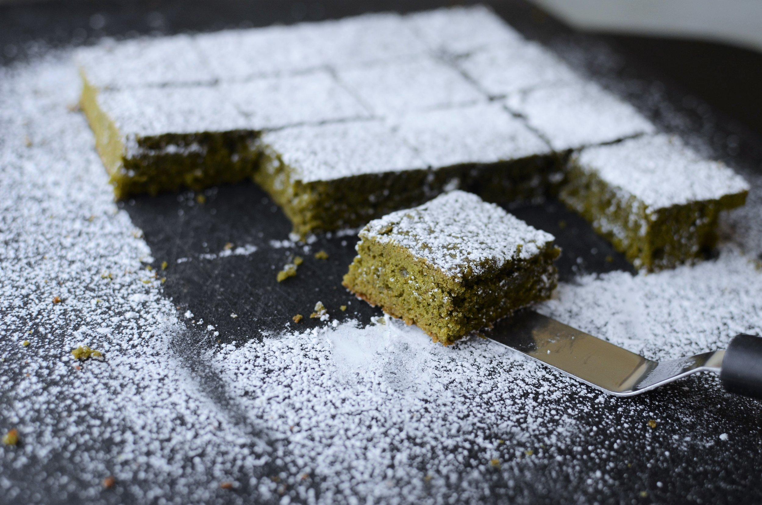 Matcha Brownies - ButterYum — matcha brownie recipe. matcha brownies recipe. how to make match blondies recipe. matcha dessert. green tea brownies. green tea blondies.