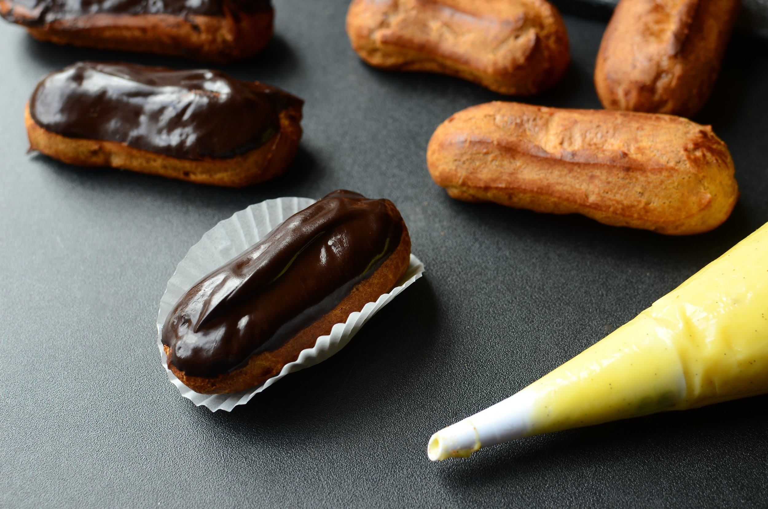 Eclairs recipe and how-to photos - ButterYum