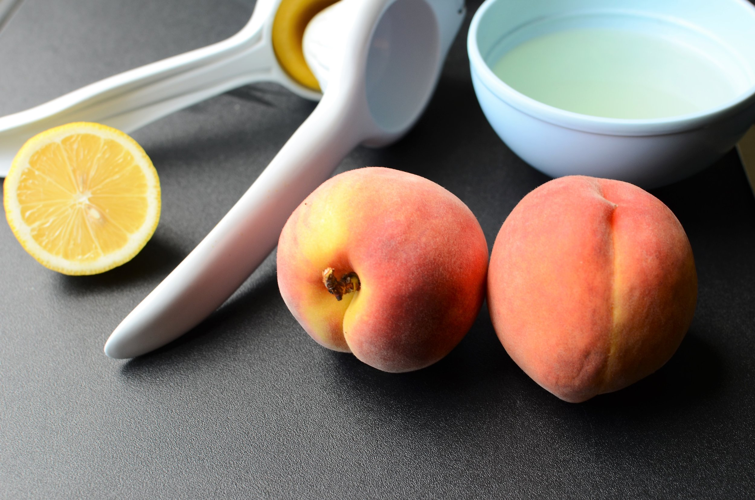 how to freeze peaches for smoothies - ButterYum