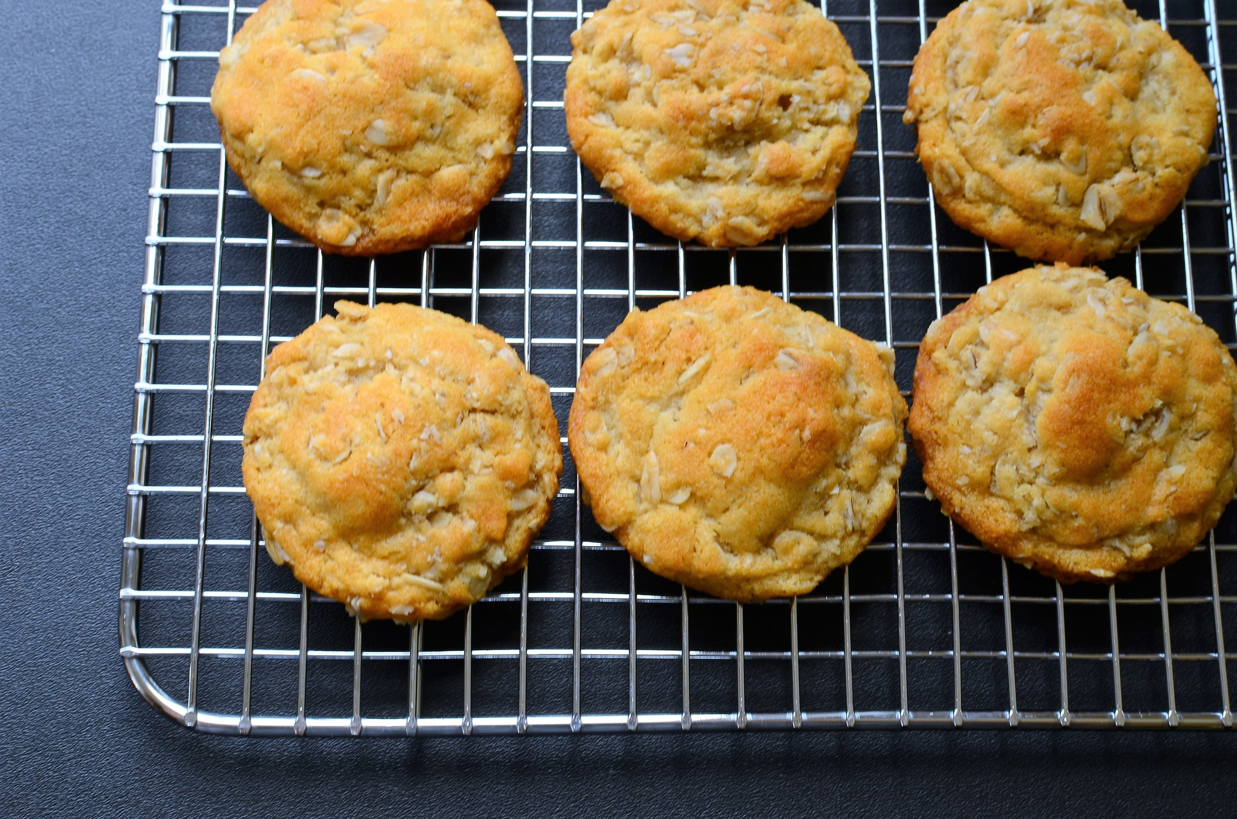 cookies made with lyle's golden syrup