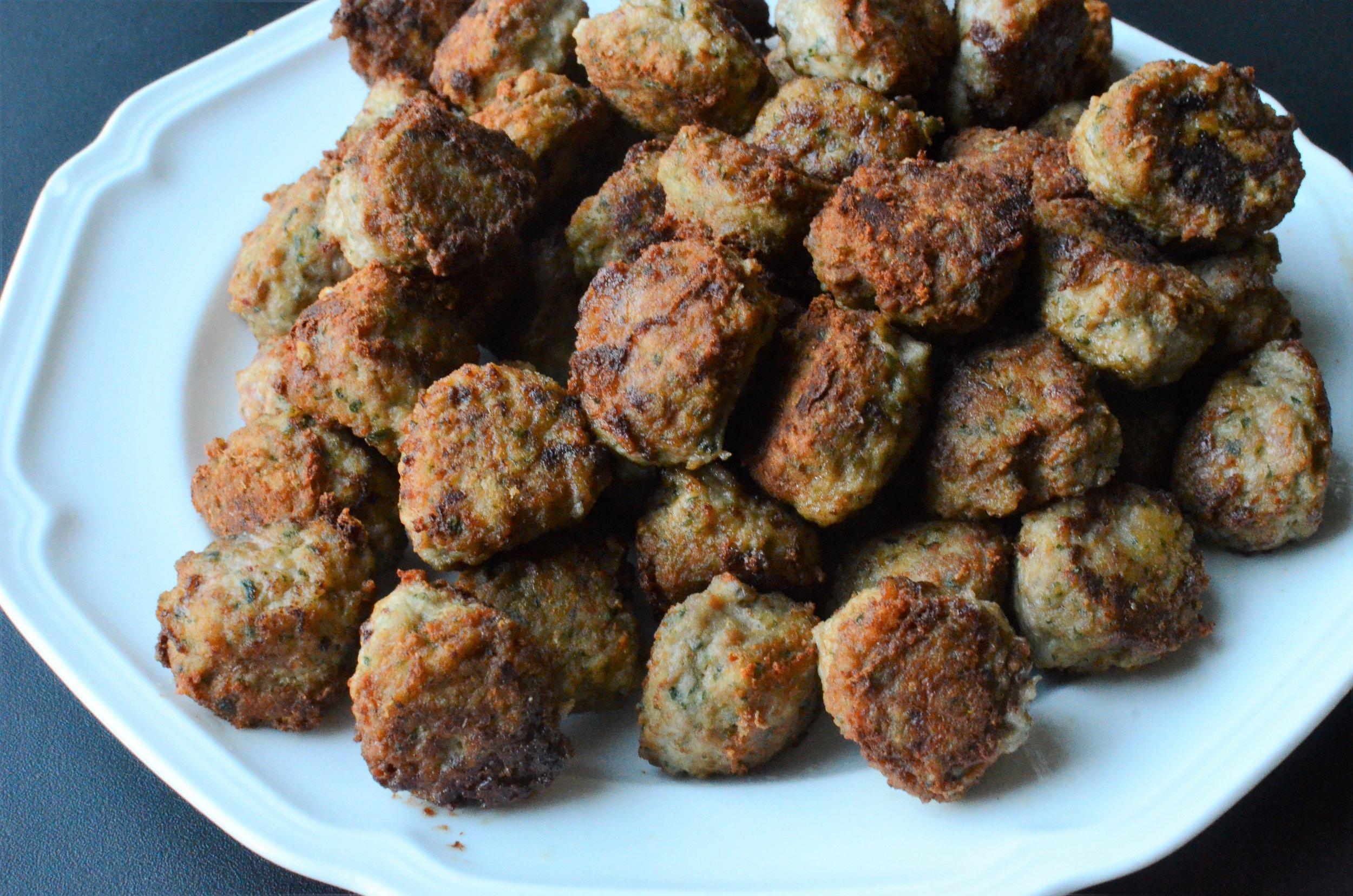 Keto turkey meatball recipe - gluten free meatballs recipe - low-carb turkey meatballs
