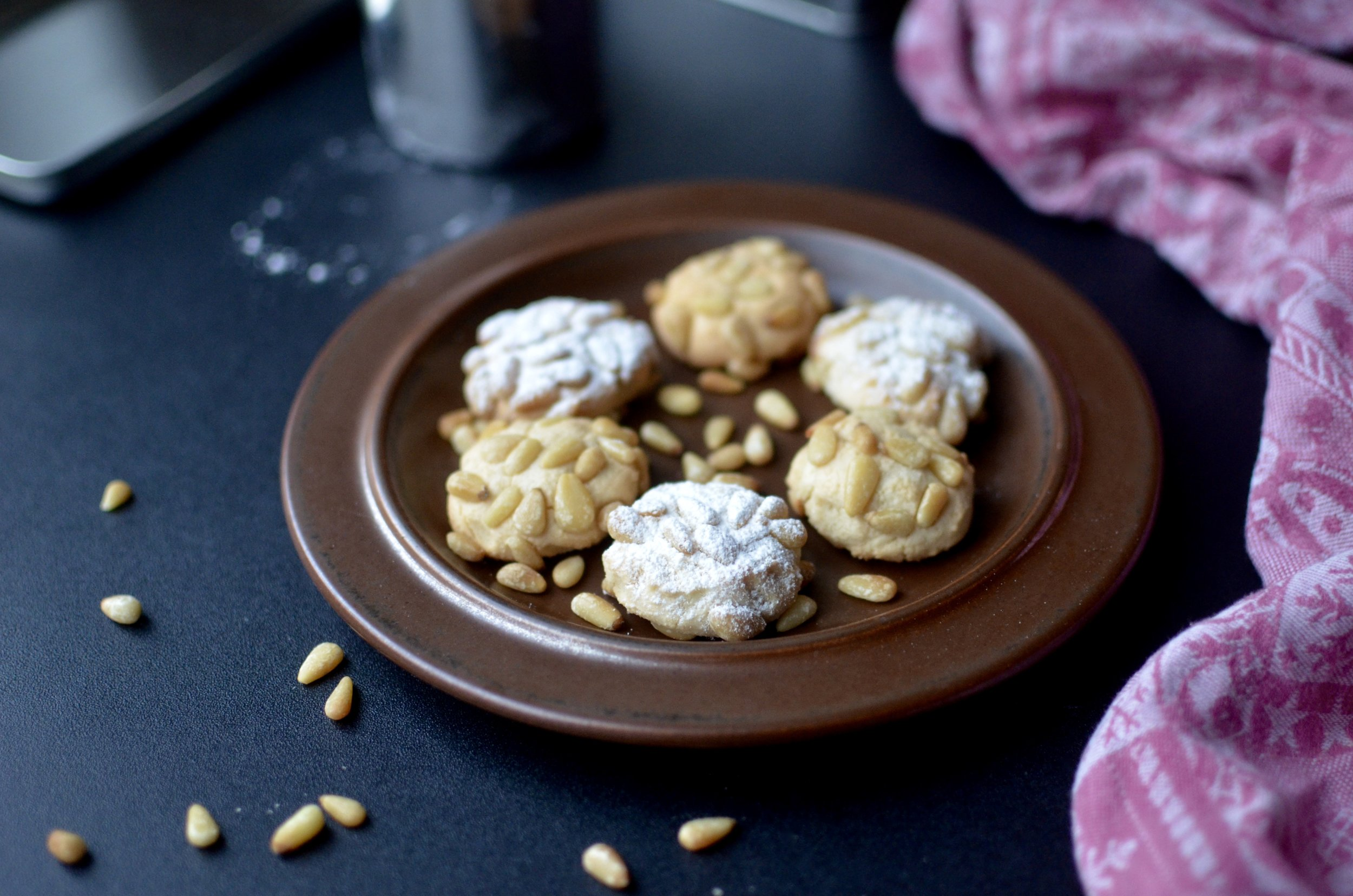 Italian Pine Nut Cookies - ButterYum. how to make pine nut cookies. how to make pignoli cookies. Italian cookie recipe with pine nuts. Italian cookie recipe. how to bake Italian bakery cookies at home. Pinoli cookie recipe. pignoli cookie recipe.