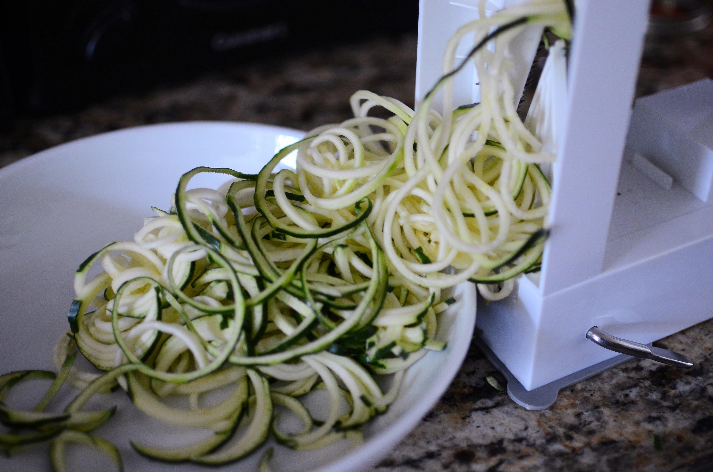 spiralizing-zucchini-butteryum