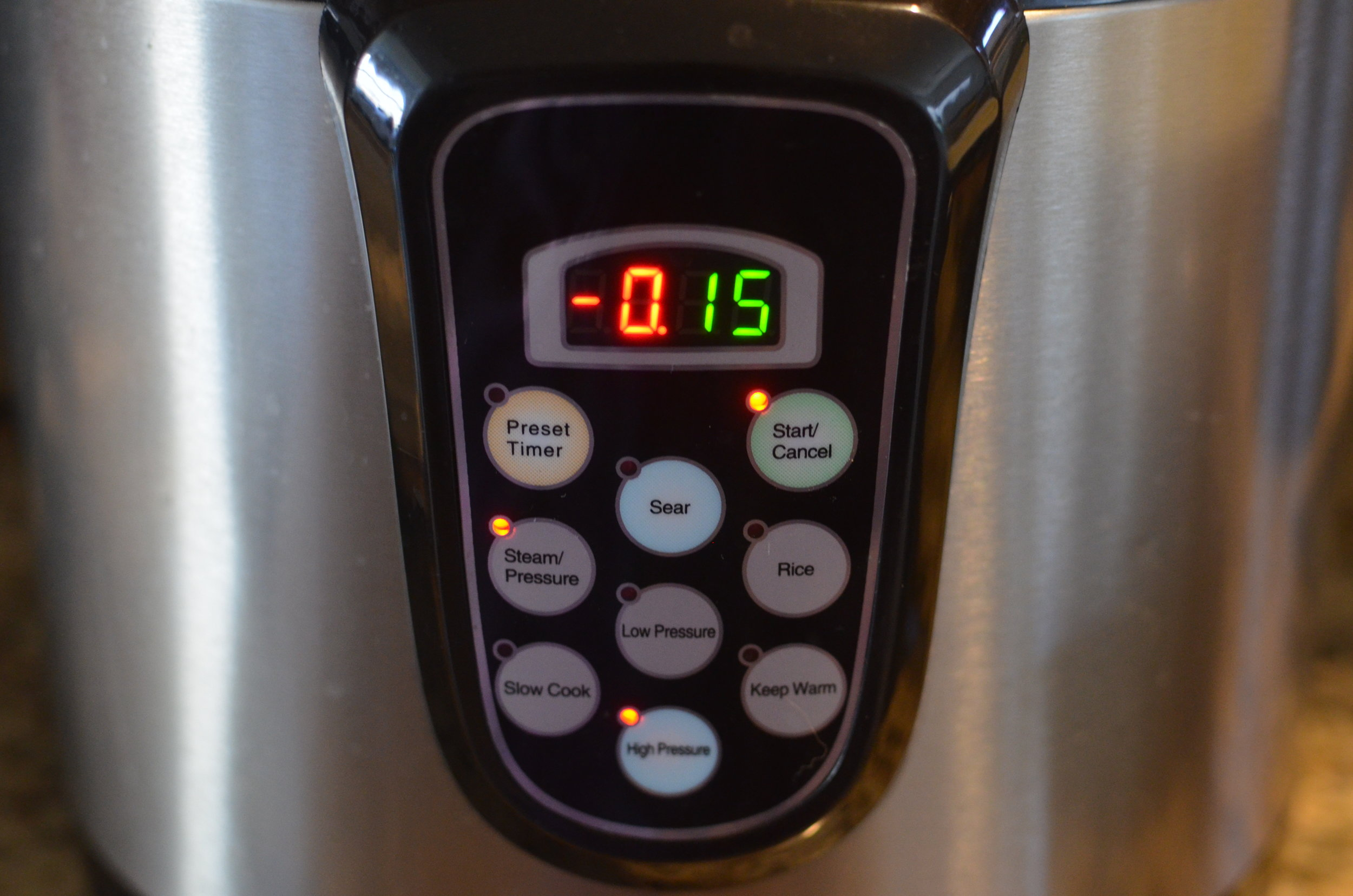 kitchen-living-electric-pressure-cooker-butteryum