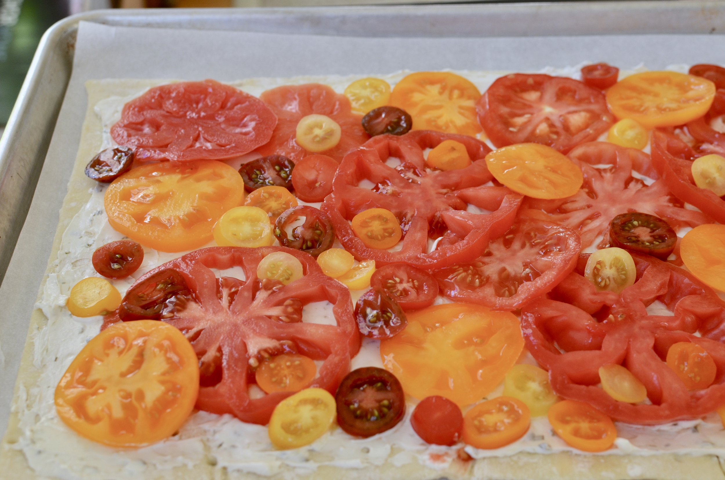 making-heirloom-tomato-tart-butteryum