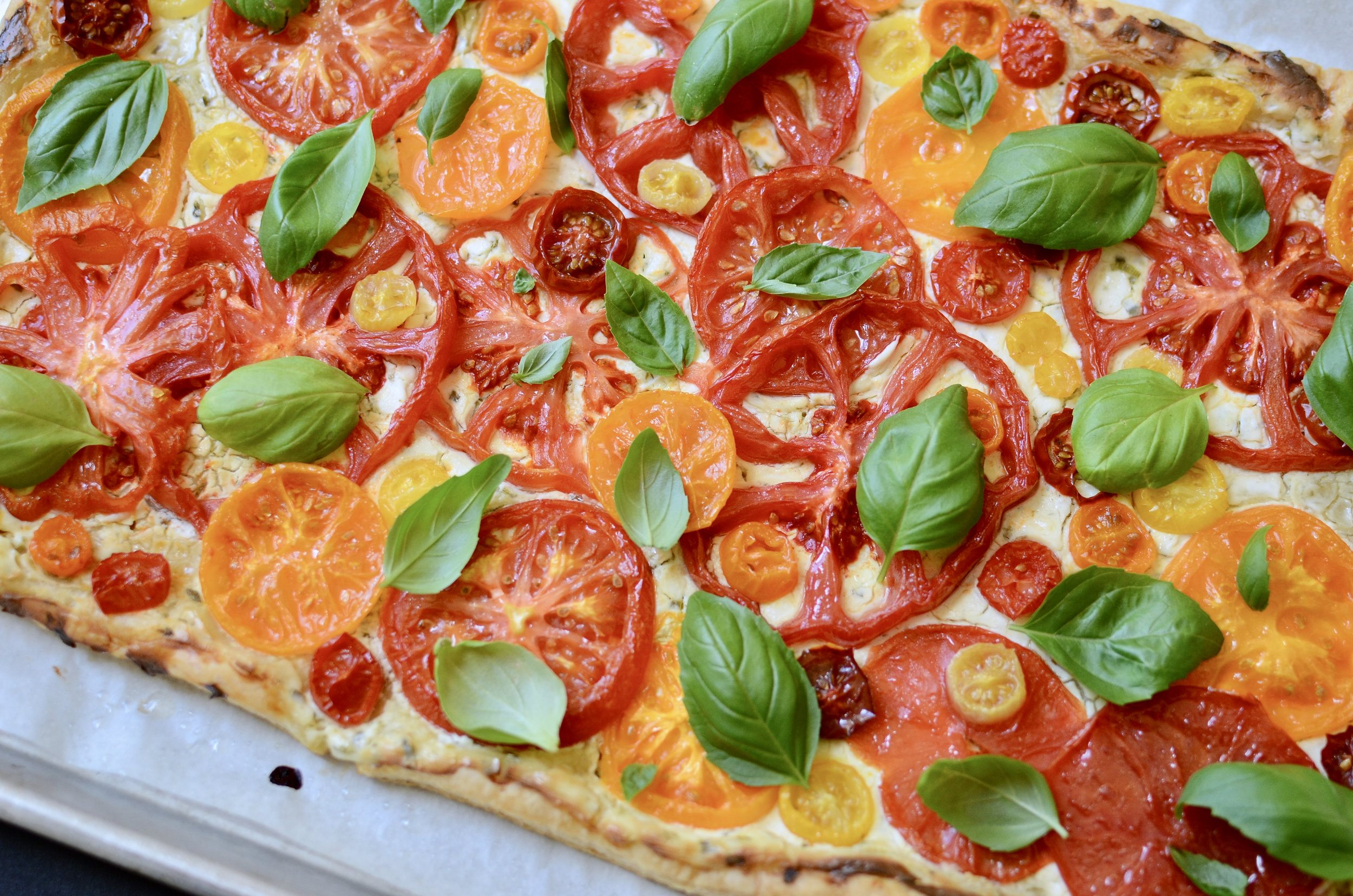 heirloom-tomato-tart-recipe-butteryum