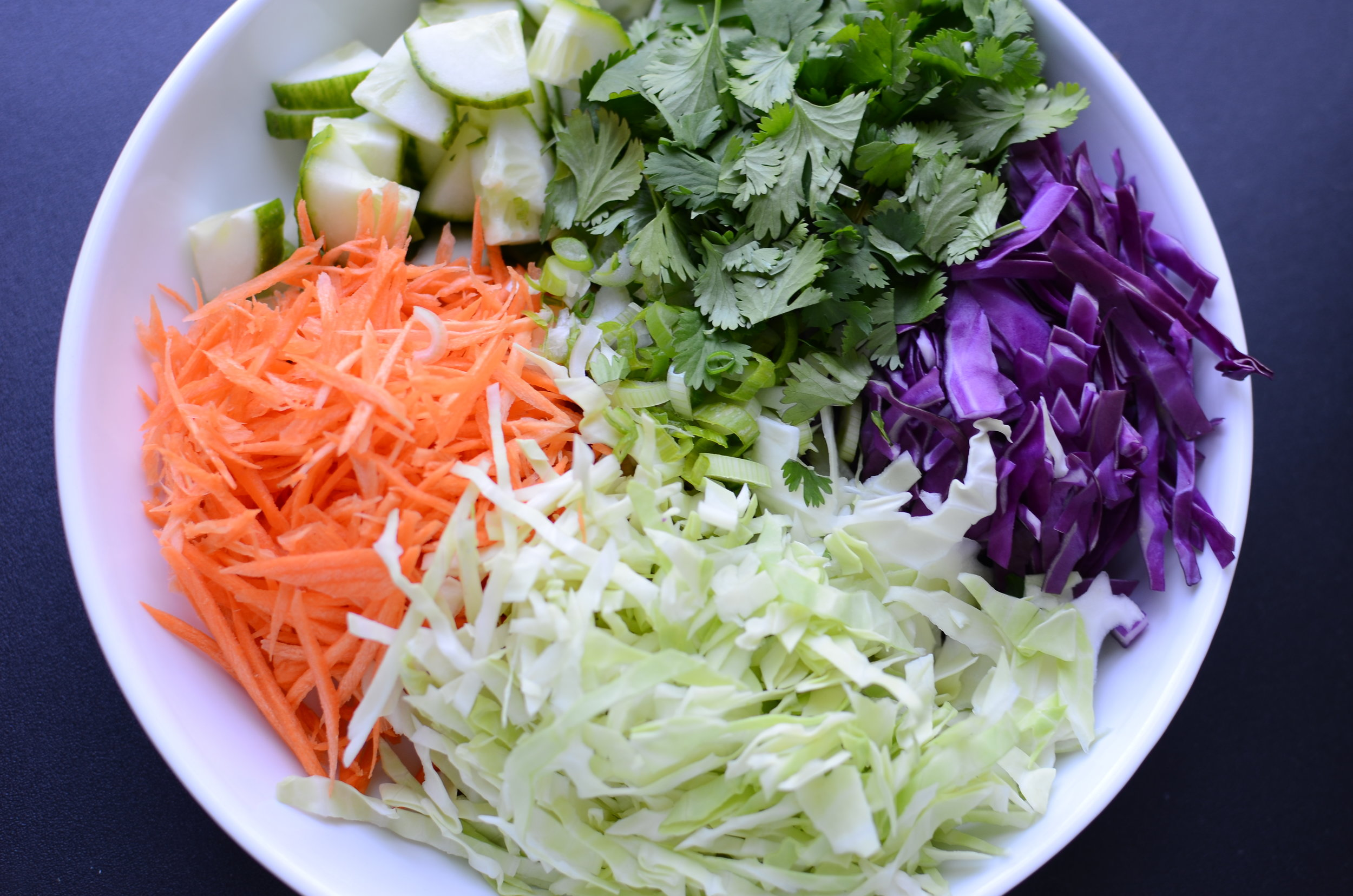 thai-zoodle-salad-recipe-ingredients-butteryum