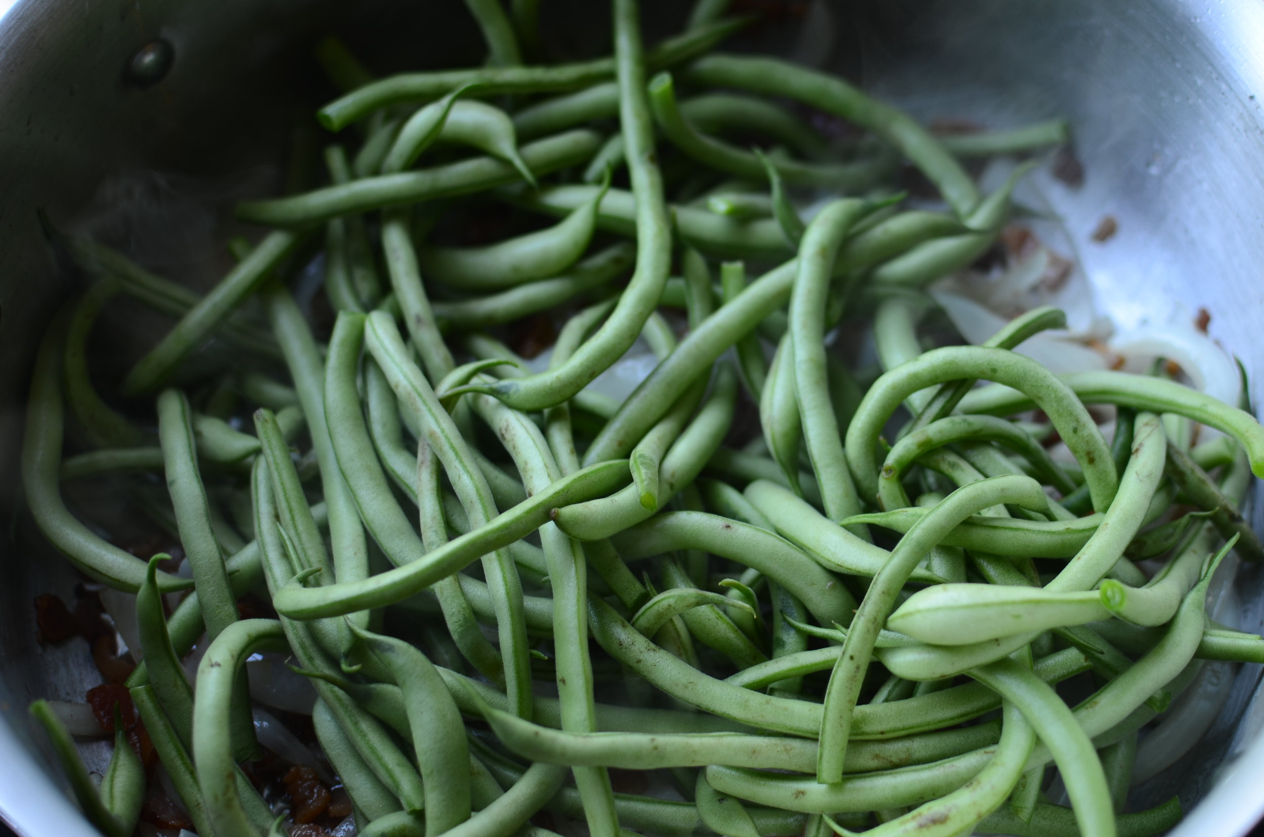 fresh-green-beans-southern-style-butteryum