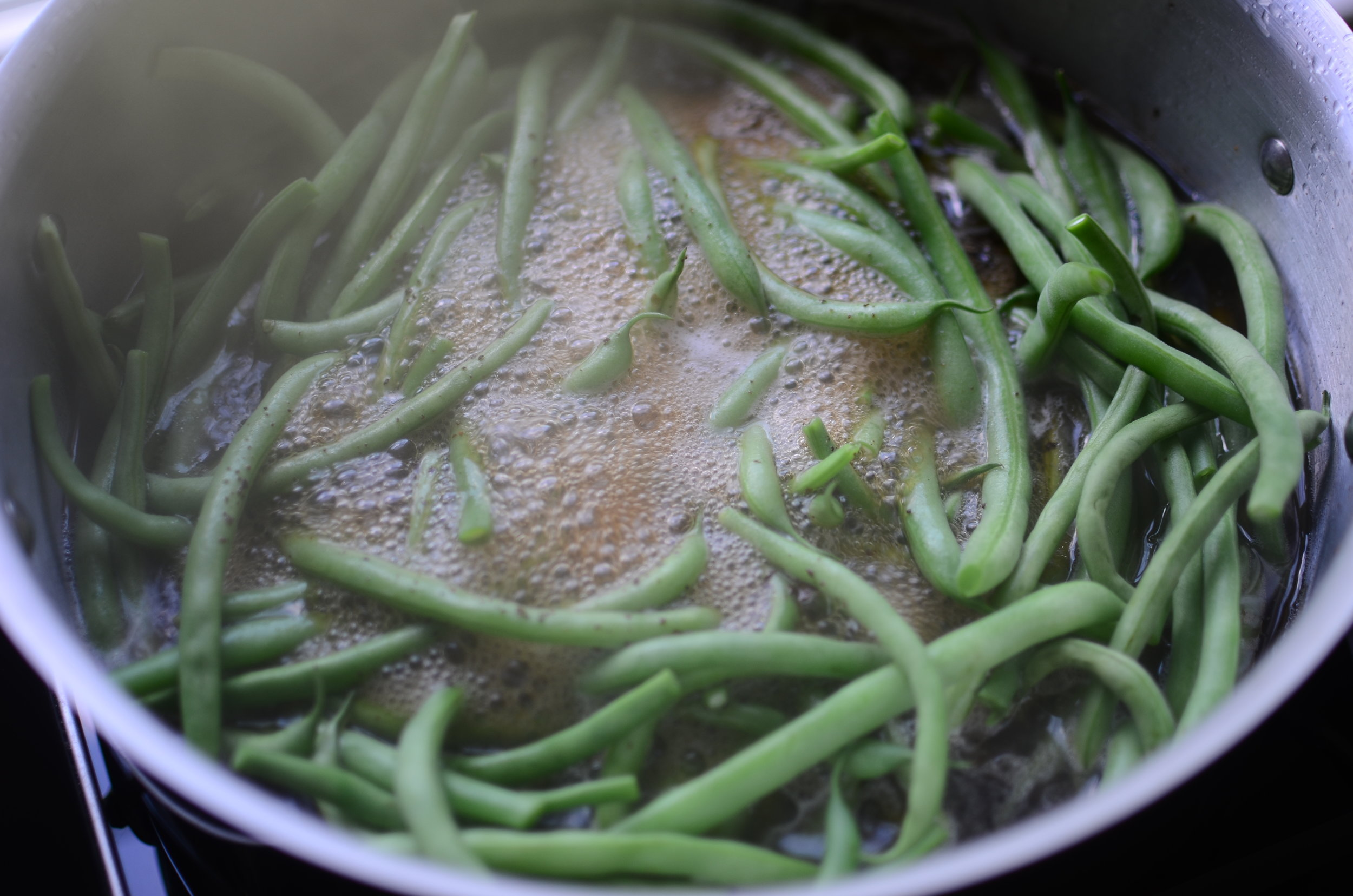how-to-cook-southern-style-green-beans-butteryum