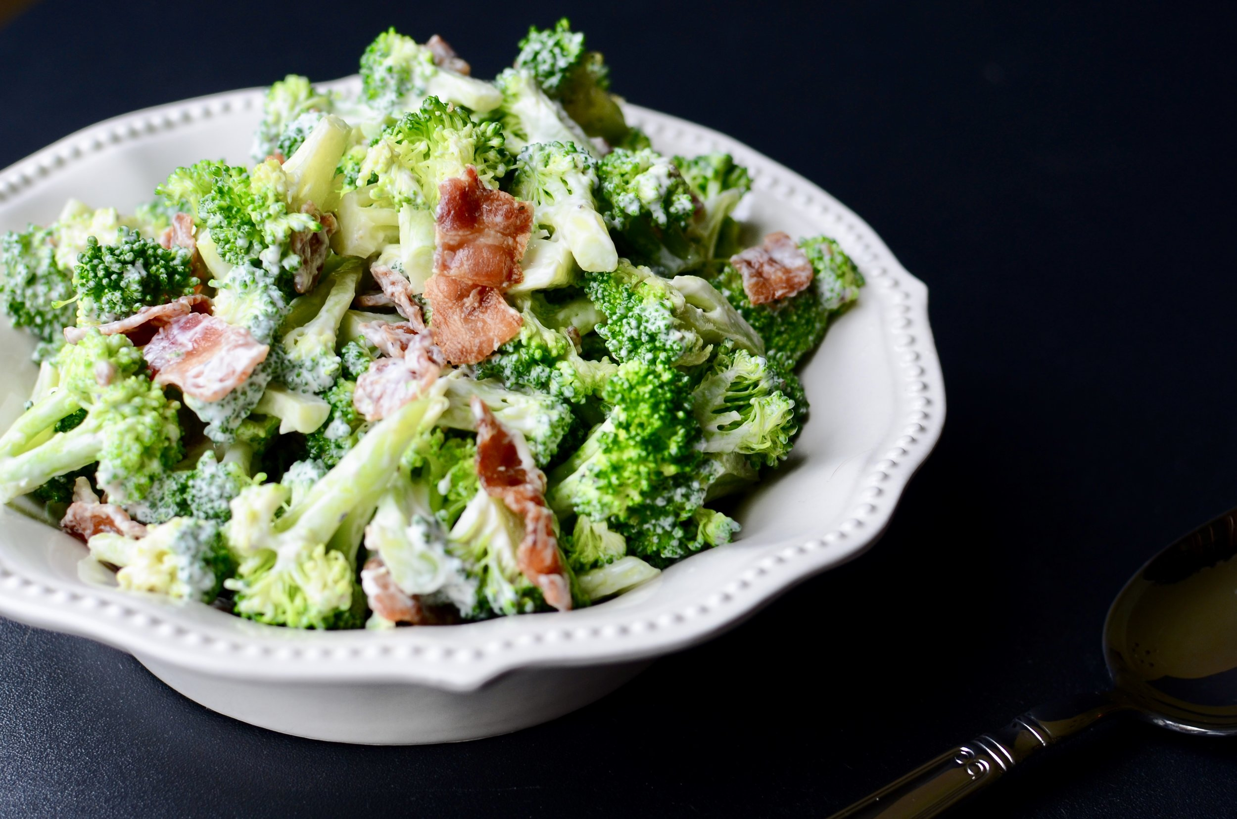 ButterYum - Cold Broccoli Salad (Keto). How to make broccoli salad. broccoli and bacon salad. Keto broccoli salad with bacon.