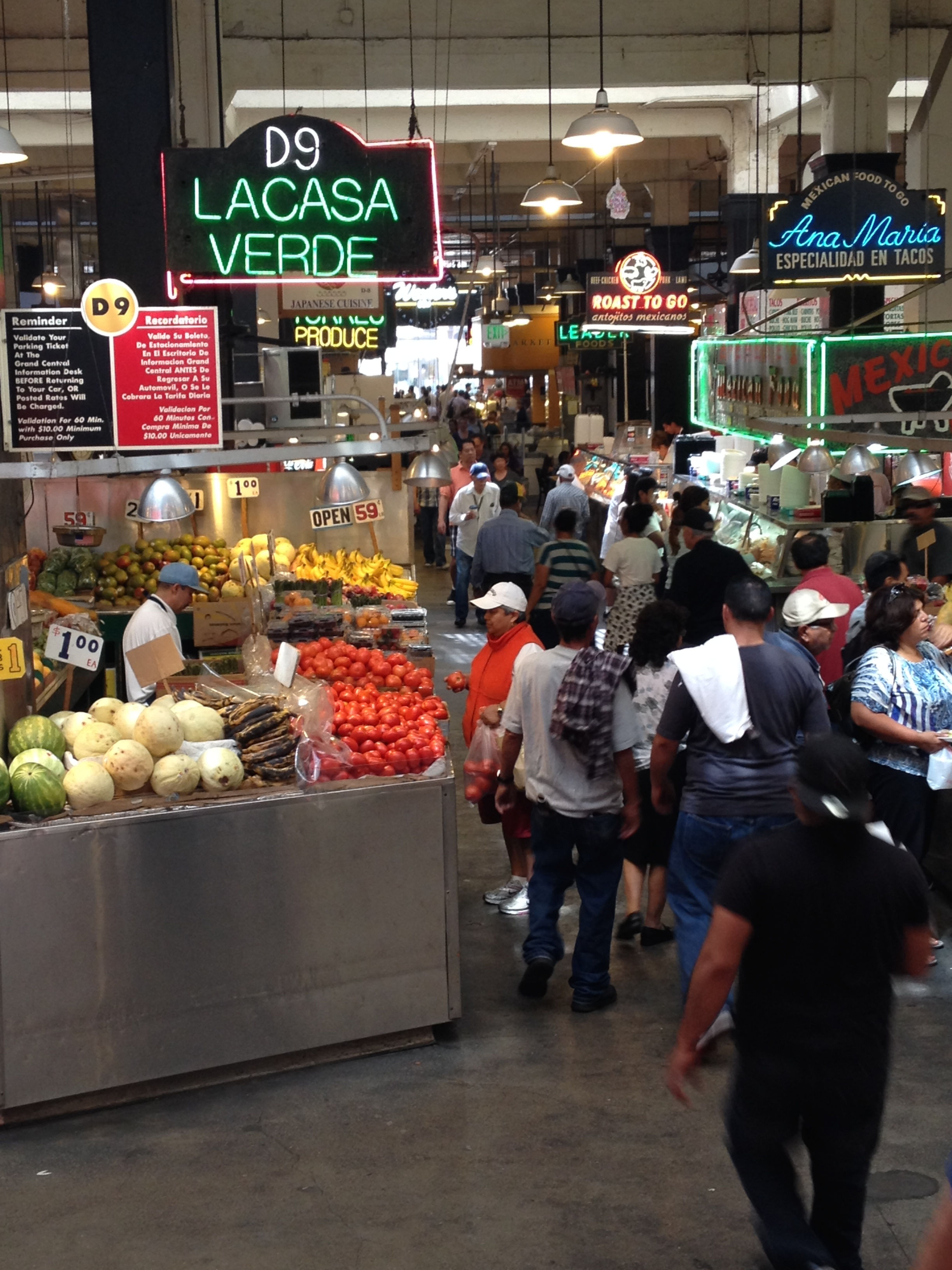 La Casa Verde, which sells local seasonal fruits and vegetables.