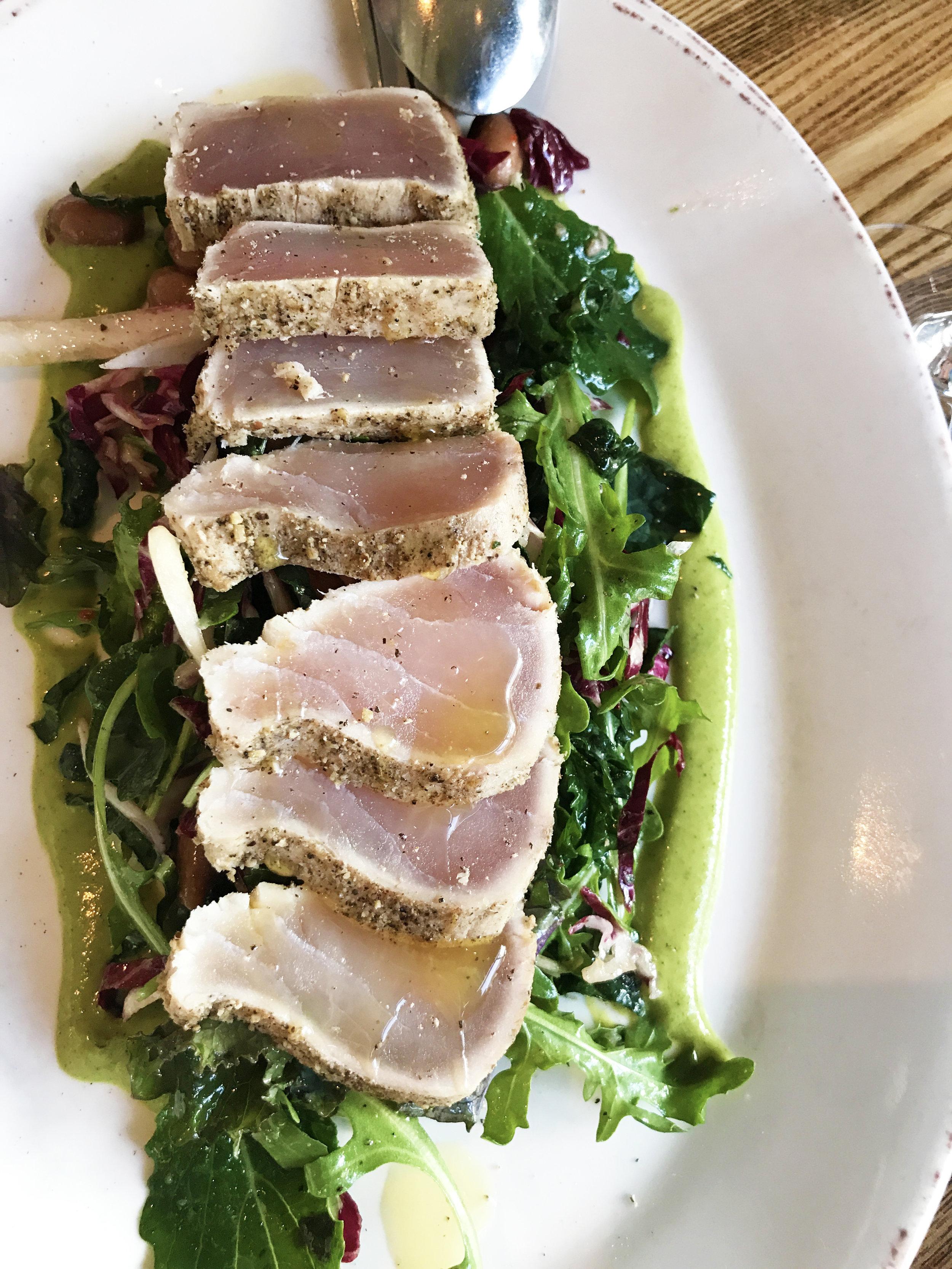 Tonnetto - seared albacore tuna, arugula, radicchio, marinated borlotti beans, green garlic coulis