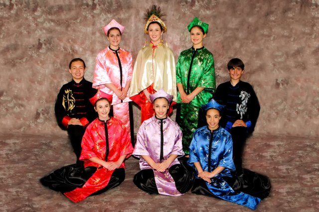 2017's Royal Court, Feast of Lanterns. Image courtesy  official Feast of Lanterns site.   image description: 8 young teenagers are arranged in a portrait photo. They are all dressed in costume Chinese-inspired clothes.