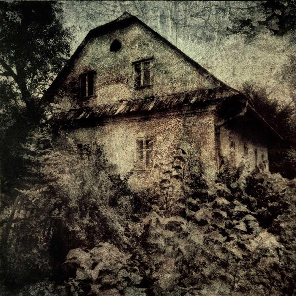 czech_house_no_border.jpg