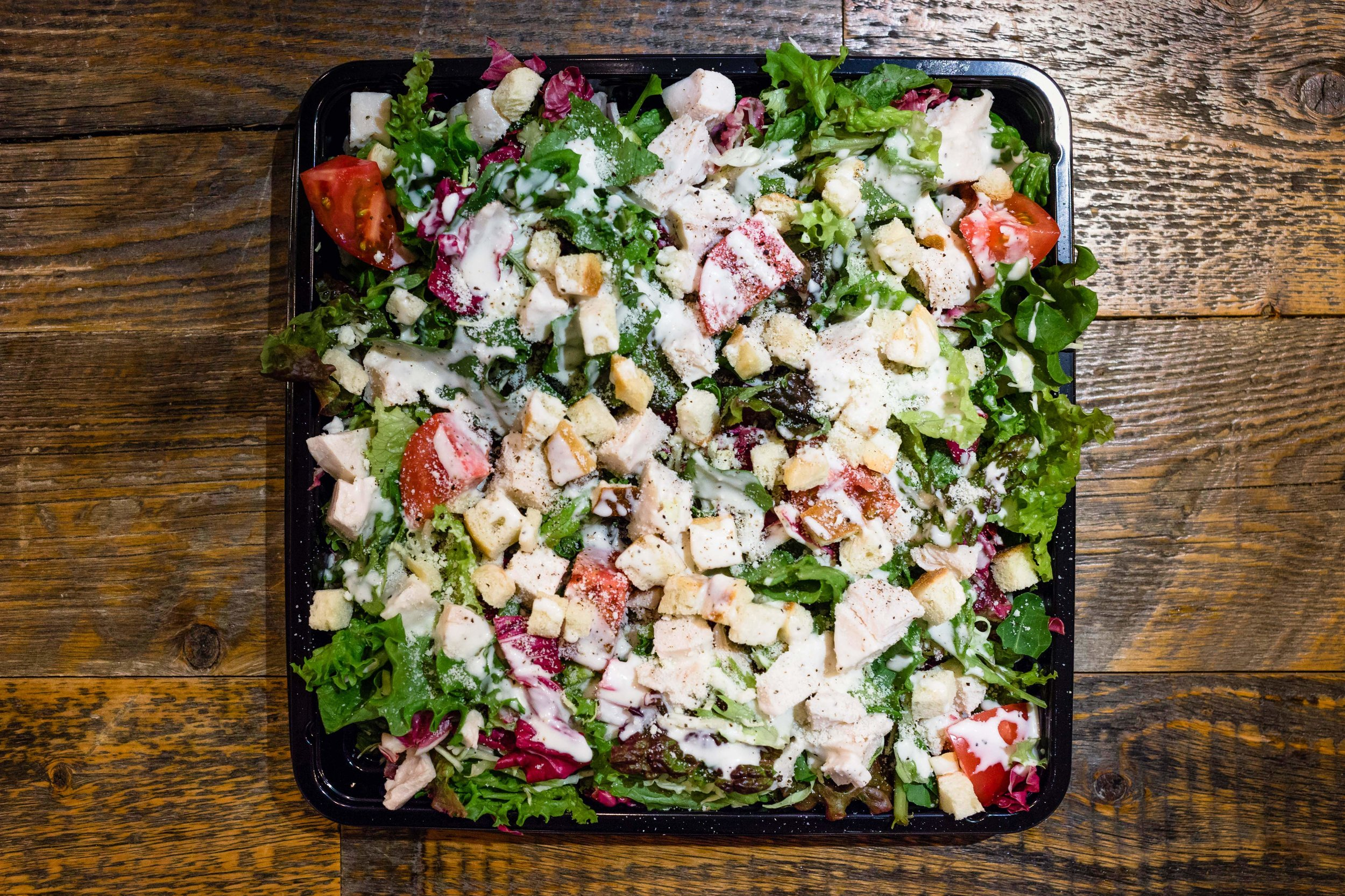 Vegetable Platters - a2zでは自社農園や農家からの直接仕入れにより畑から直送の新鮮なきせつのお野菜を使っています。Meat Platterと合わせてメインの付け合わせとしてのご利用もおススメです。🌱 ベジタリアン、ビーガン対応可能コブサラダ 5名様分 ¥2,800シーザーサラダ 5名様分 ¥2,000季節野菜のディップサラダ 🌱5名様分¥2,500農園野菜のバーニャカウダ 🌱5名様分 ¥2,500農家から直送の新鮮な野菜のグリル自家製のアーモンドとパプリカのロメスコソースと 🌱5名様分 ¥2,300