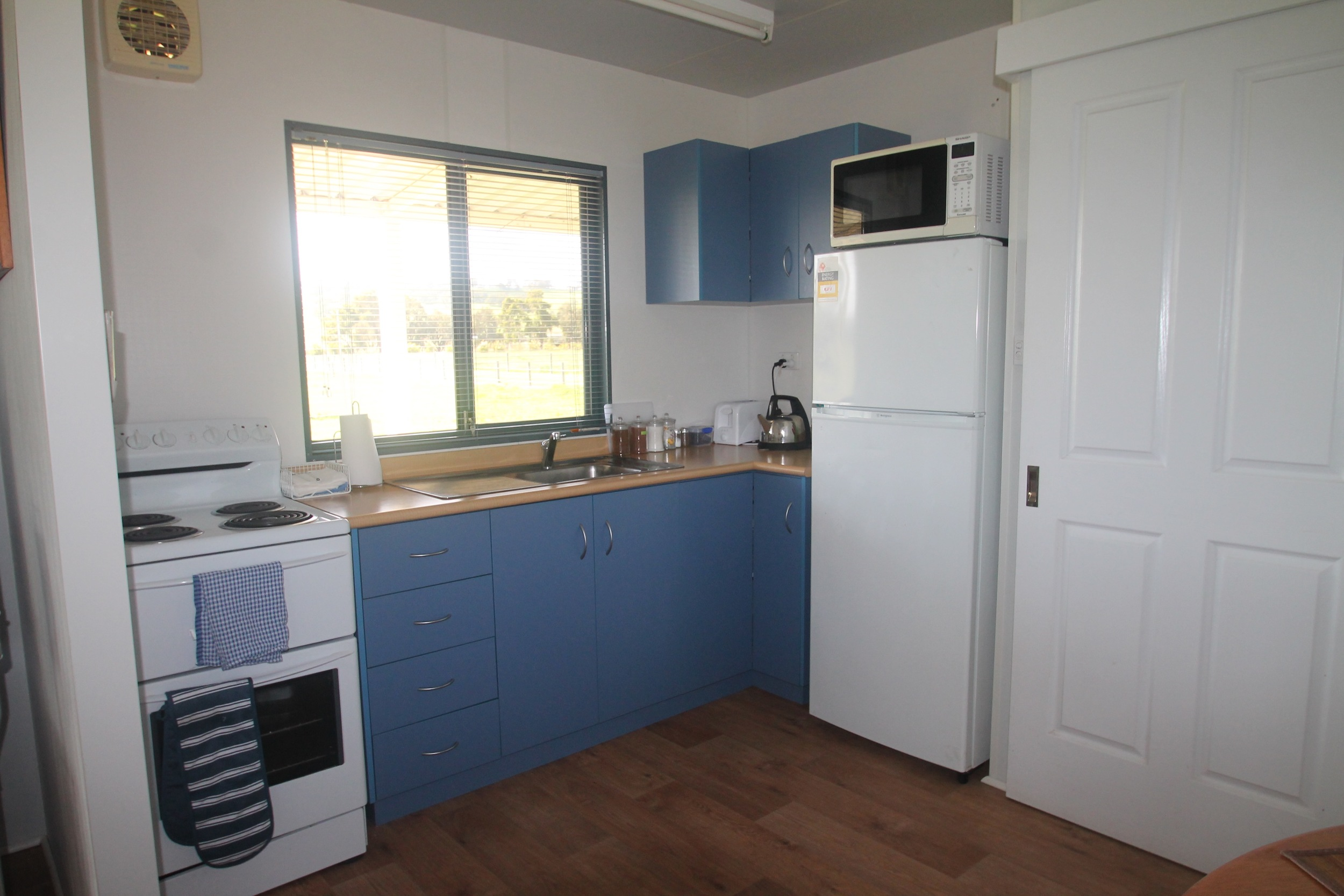 Fully self contained kitchen with full cooking facilities.
