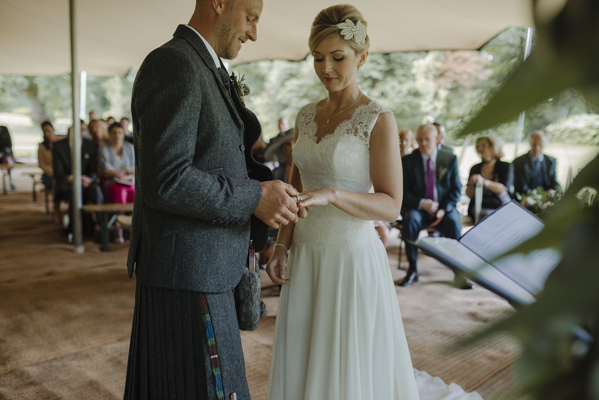 Tullibole Castle Wedding 18.jpg