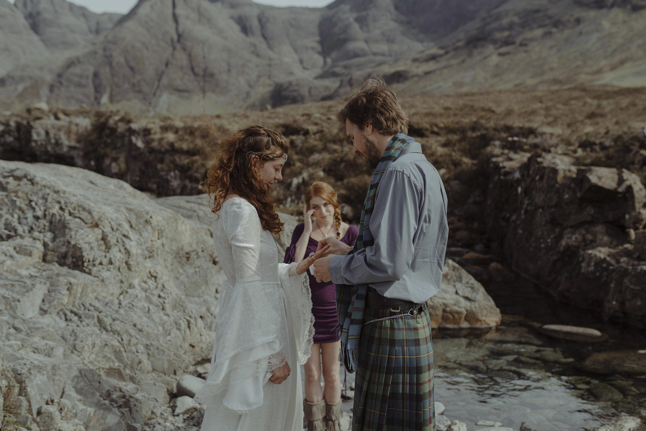 Isle of Skye Elopement44.jpg