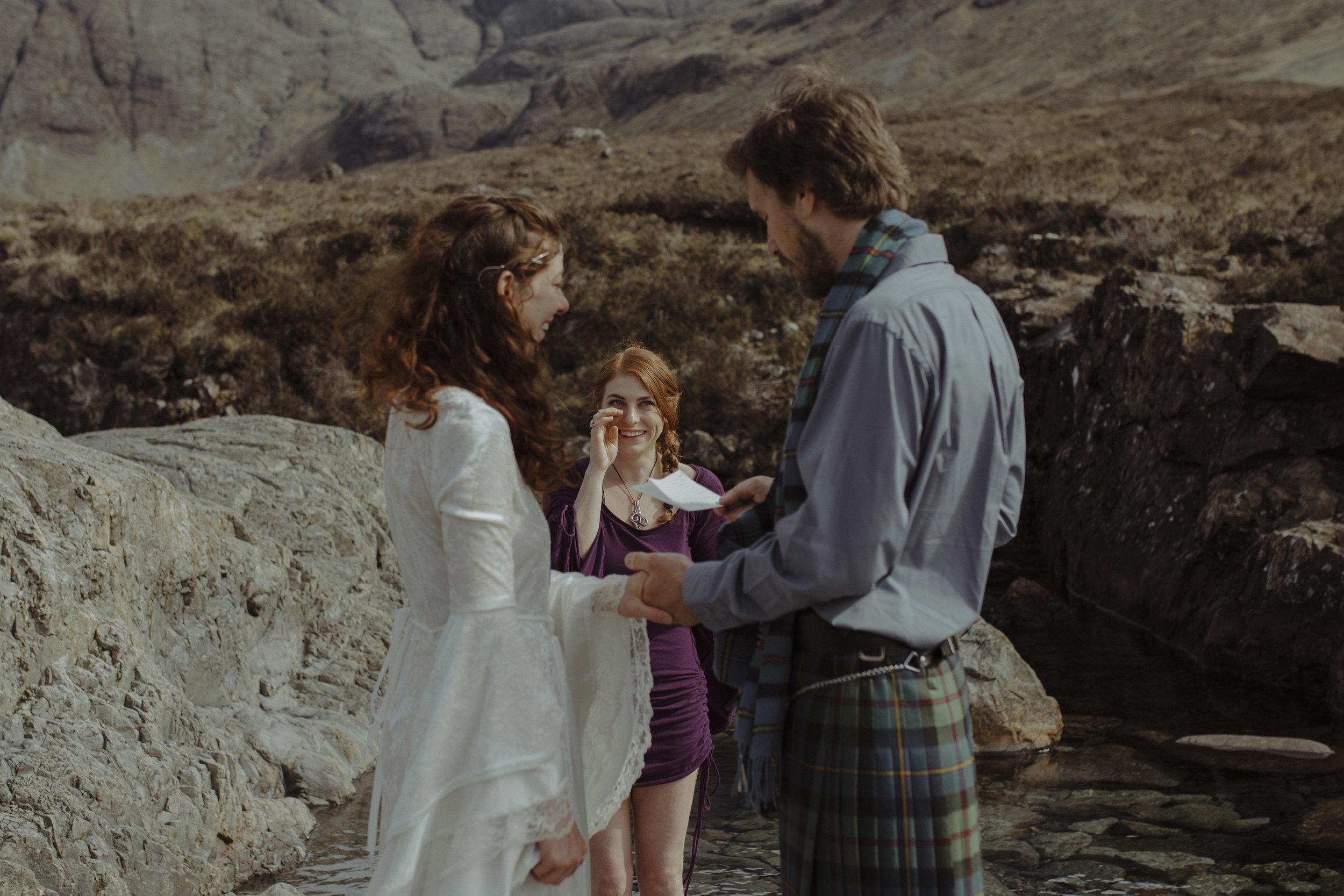 Isle of Skye Elopement43.jpg