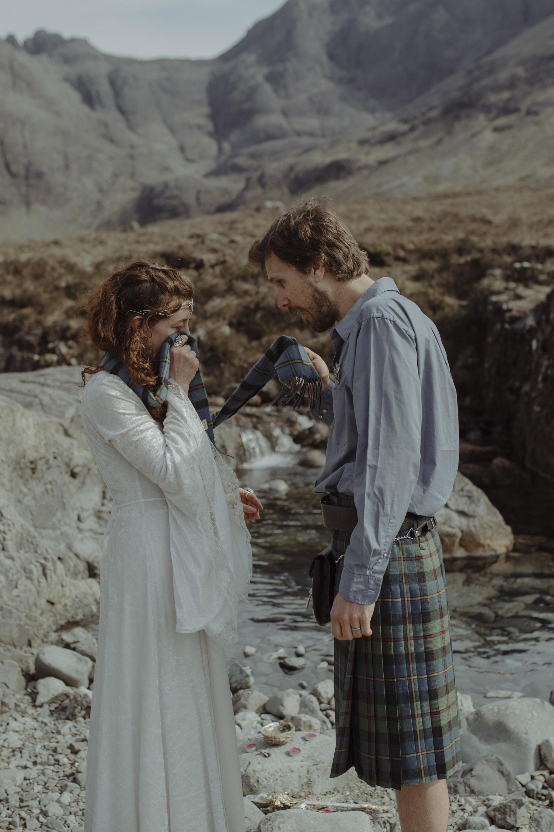 Isle of Skye Elopement46.jpg
