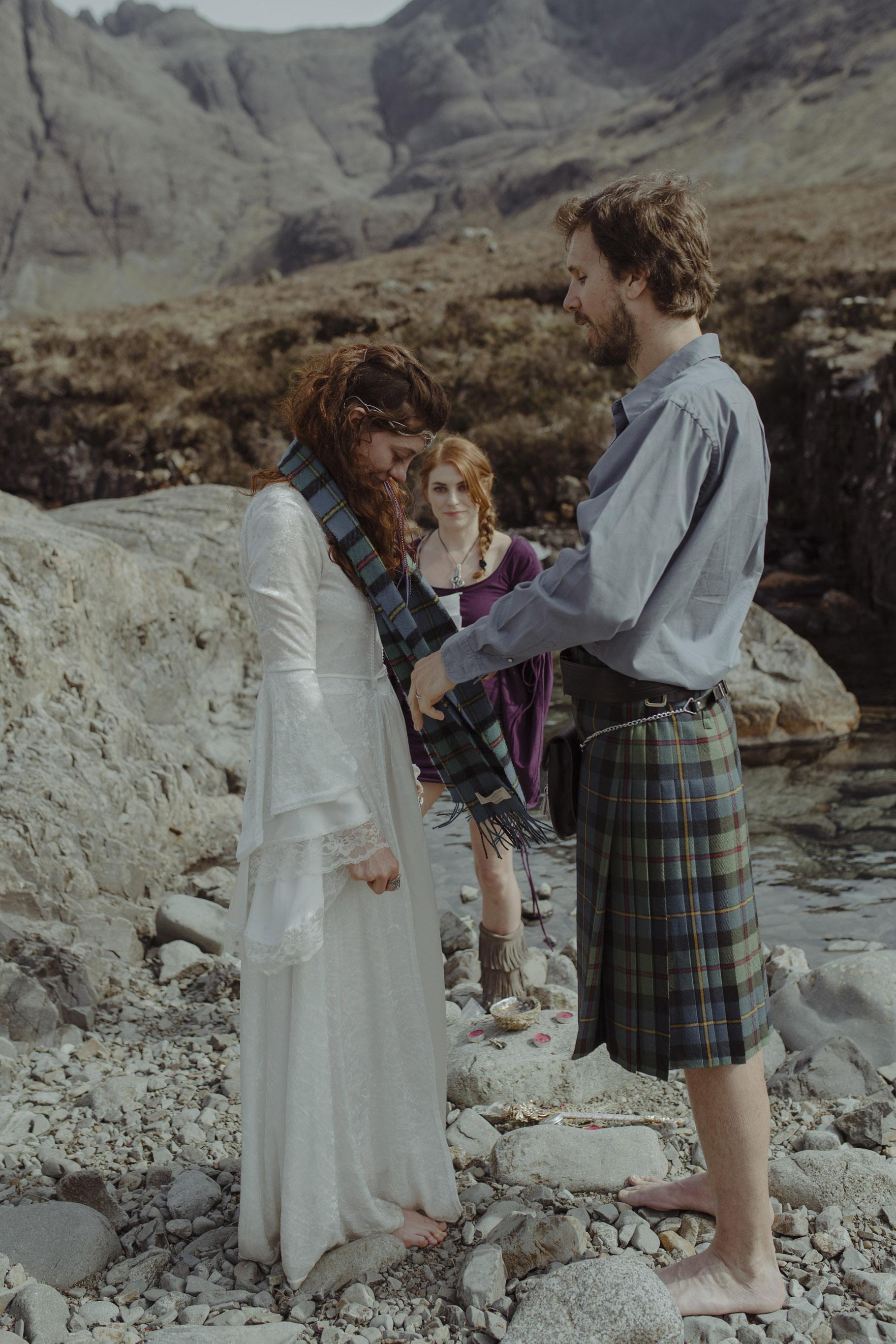 Isle of Skye Elopement45.jpg
