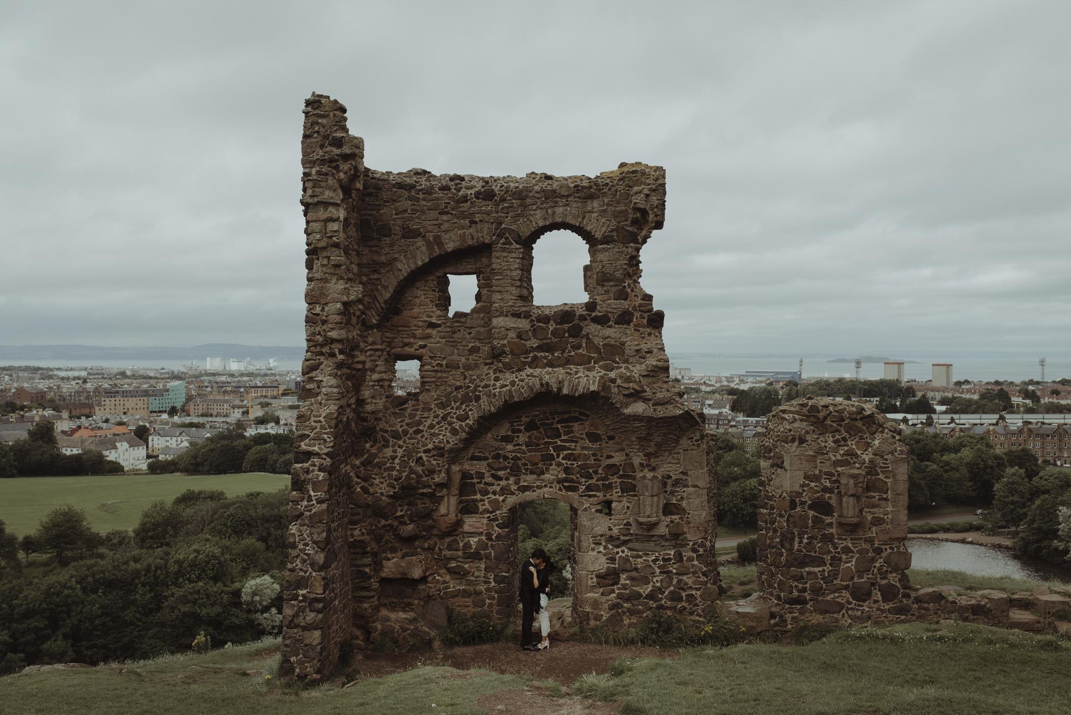 Edinburgh Engagement Photography15.jpg