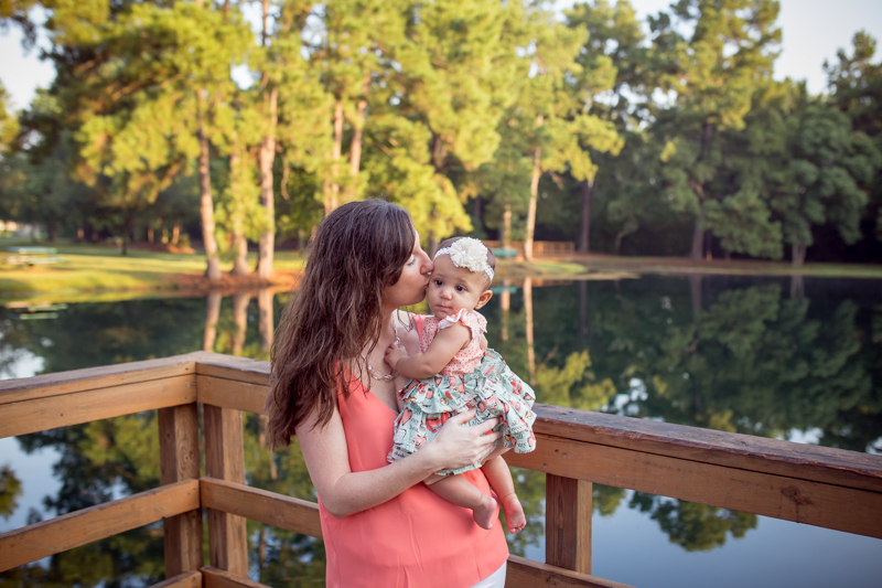 cypress_texas_baby_photographer_natural_light_outdoor_family_photography-6.jpg