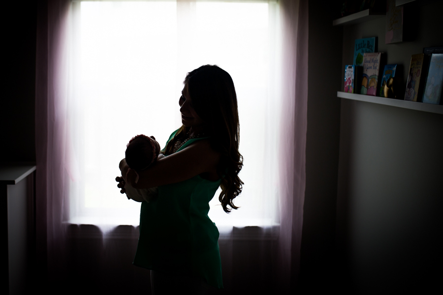 lifestyle newborn photographer in cypress texas
