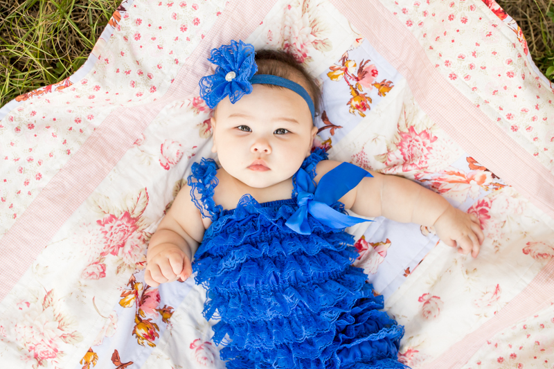 outdoor six month old photography session