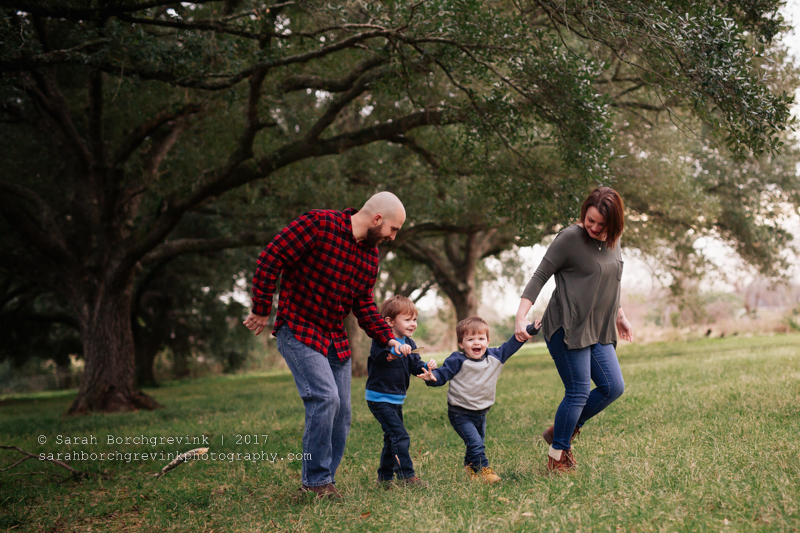 Family Photographer, Sarah Borchgrevink, in the Woodlands Texas