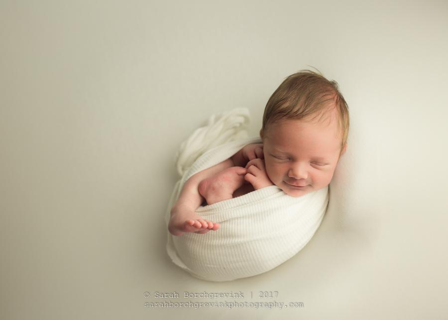 Newborn Boy Neutral Newborn Session.JPG