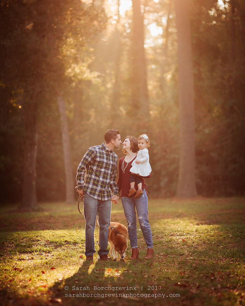 Bringing Your Pet to Family Photo Shoot