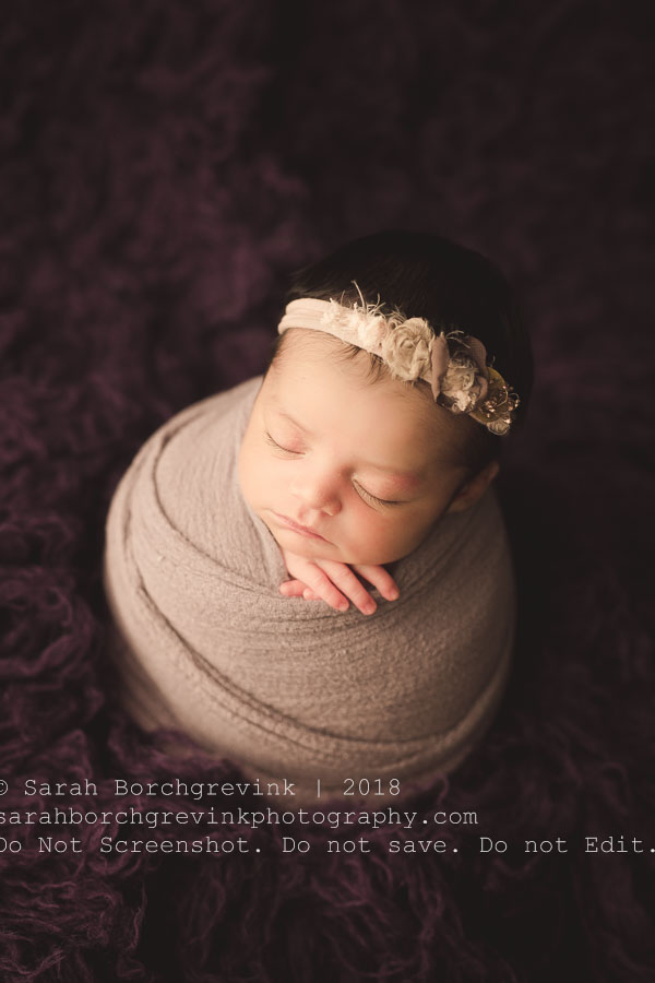 how to wrap a baby for newborn pictures