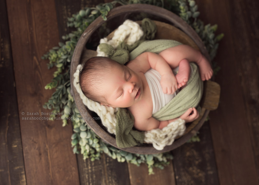 newborn wrapping sage green color