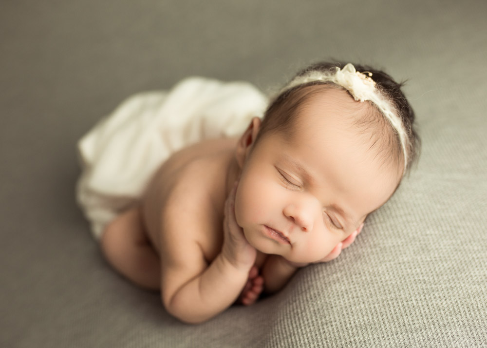 newborn photographer cypress tx