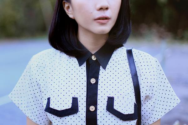 collar-white-shirt-polkadot.png
