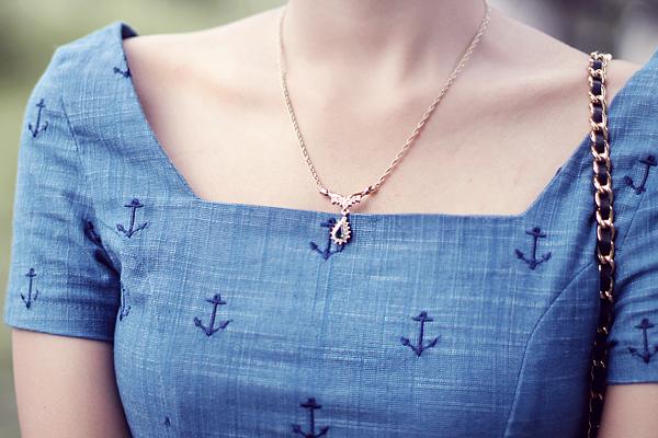 vintage_Dress_vintage_necklace.png
