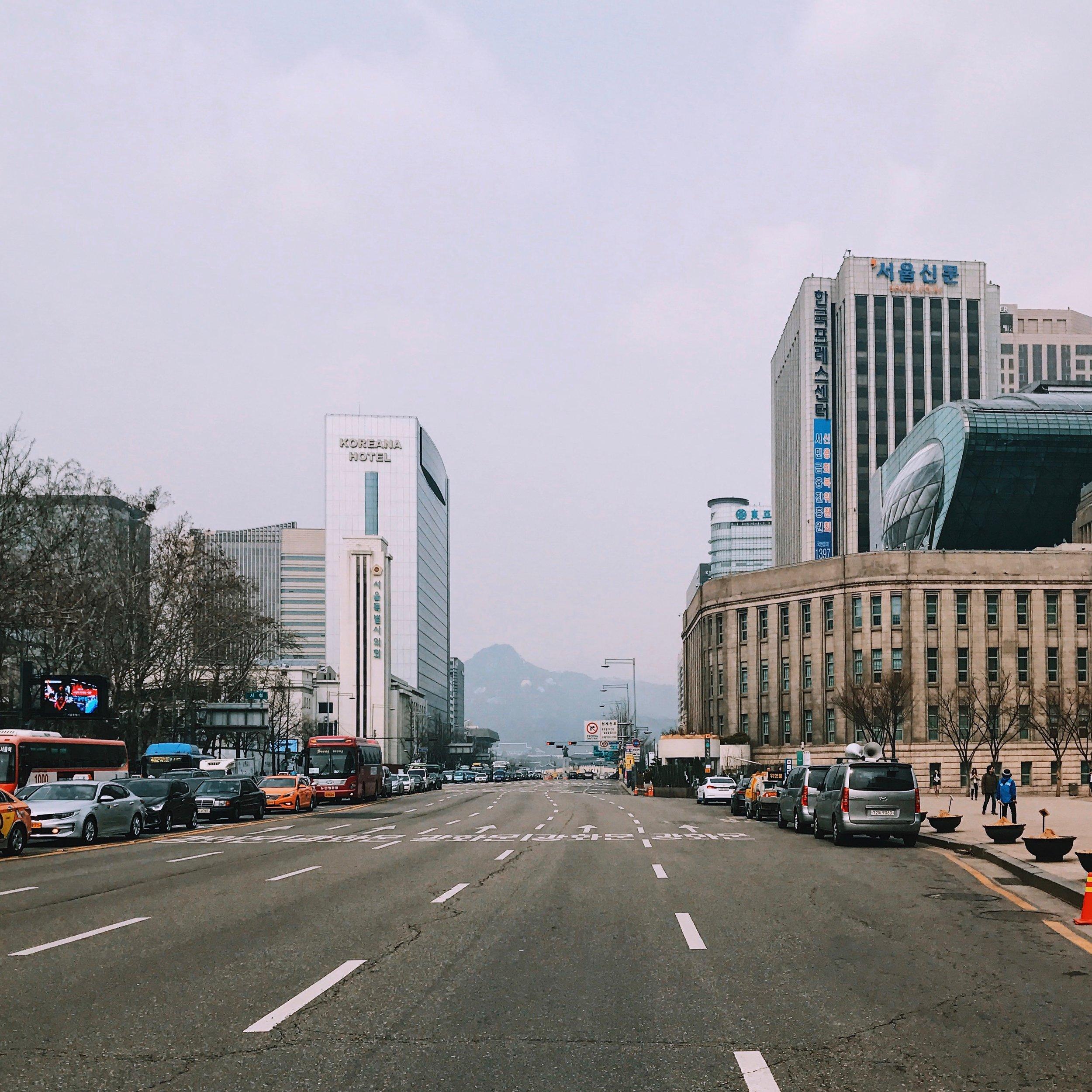 The main road at Gaeposa-dong, Gangnam-Gu.