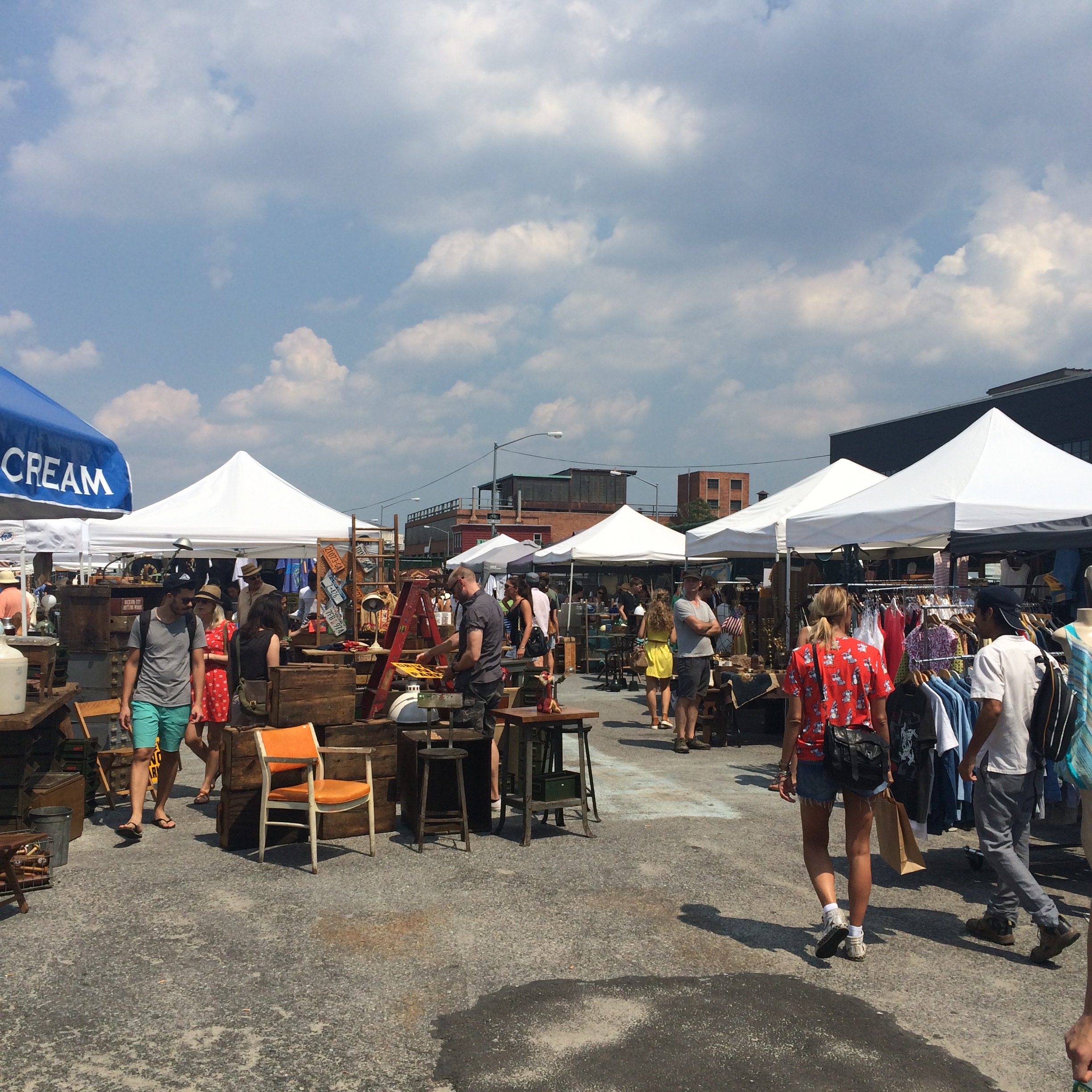 BROOKLYN FLEA, YA'LL!