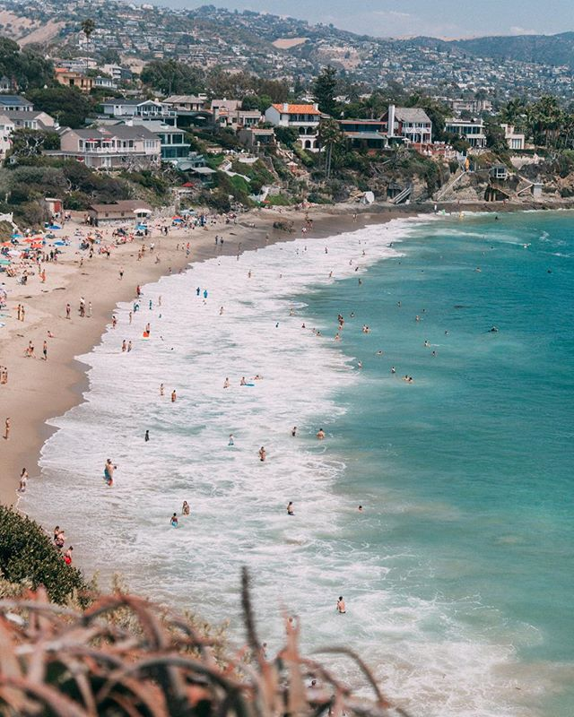 Will proudly be sportin' my first sunburn of summer to work tomorrow 🌞 I got a sneaky feeling this is going to be #thebestsummerever, Laguna Beach 💙 . . . #allthingslagunabeach #lagunabeacsecrets #lagunabeachcommunity #visitlagunabeach #visitcalifornia #visitcalifornia #lagunabeachpride #atthebeach #beachlifestyle #bythebeach #beachstyle #mylagunabeach #beachlifeisthebestlife #livelikealocal