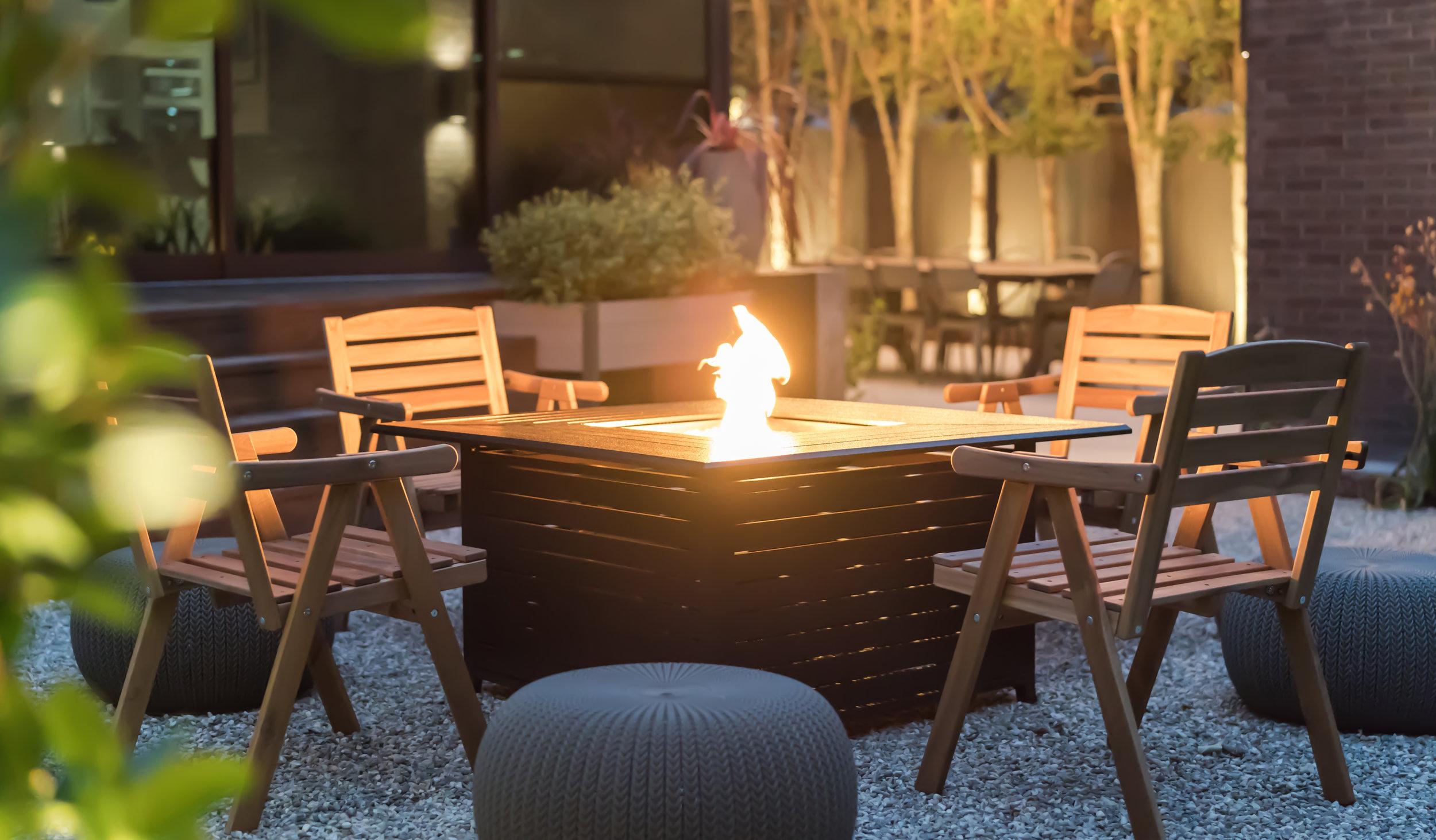 Culver-City-Modern-Airbnb.jpg