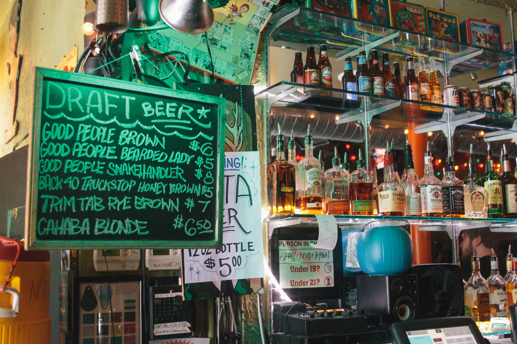 The bar at The Bottletree had one last round to go on March 28th, 2015. / DSmithScenes