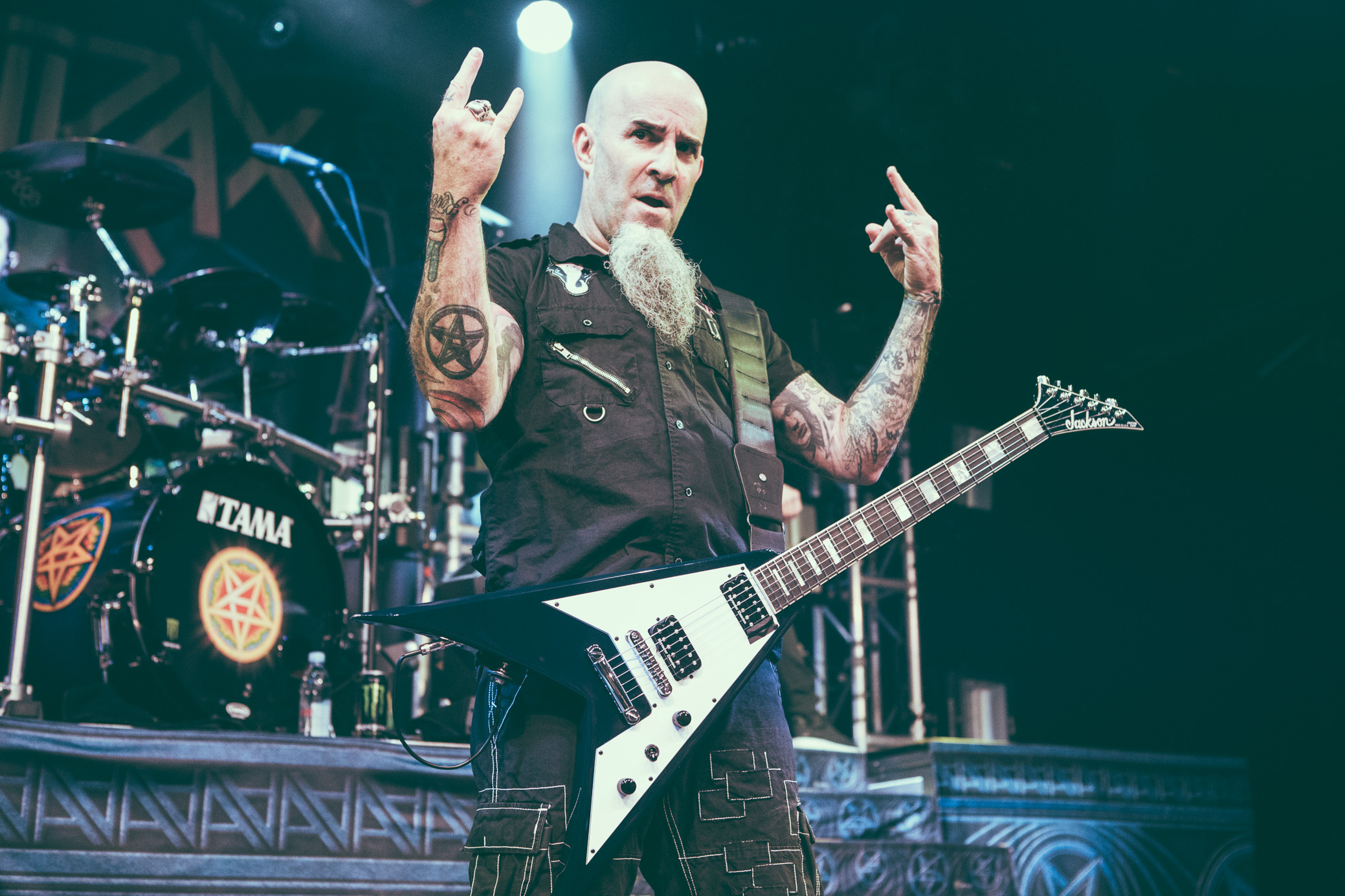 Scott Ian of Anthrax performs at Iron City in Birmingham, Alabama on February 6th, 2018. (Photo by David A. Smith/DSmithScenes)