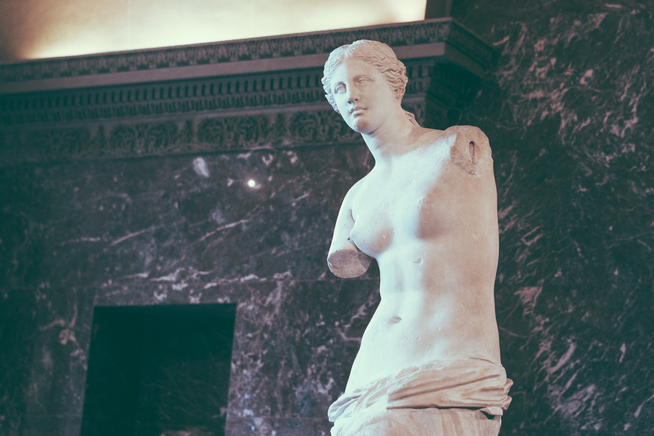 The Venus de Milo| The Louvre | Paris, France | December 9th, 2018 | (Photo by David A. Smith / DSmithScenes)